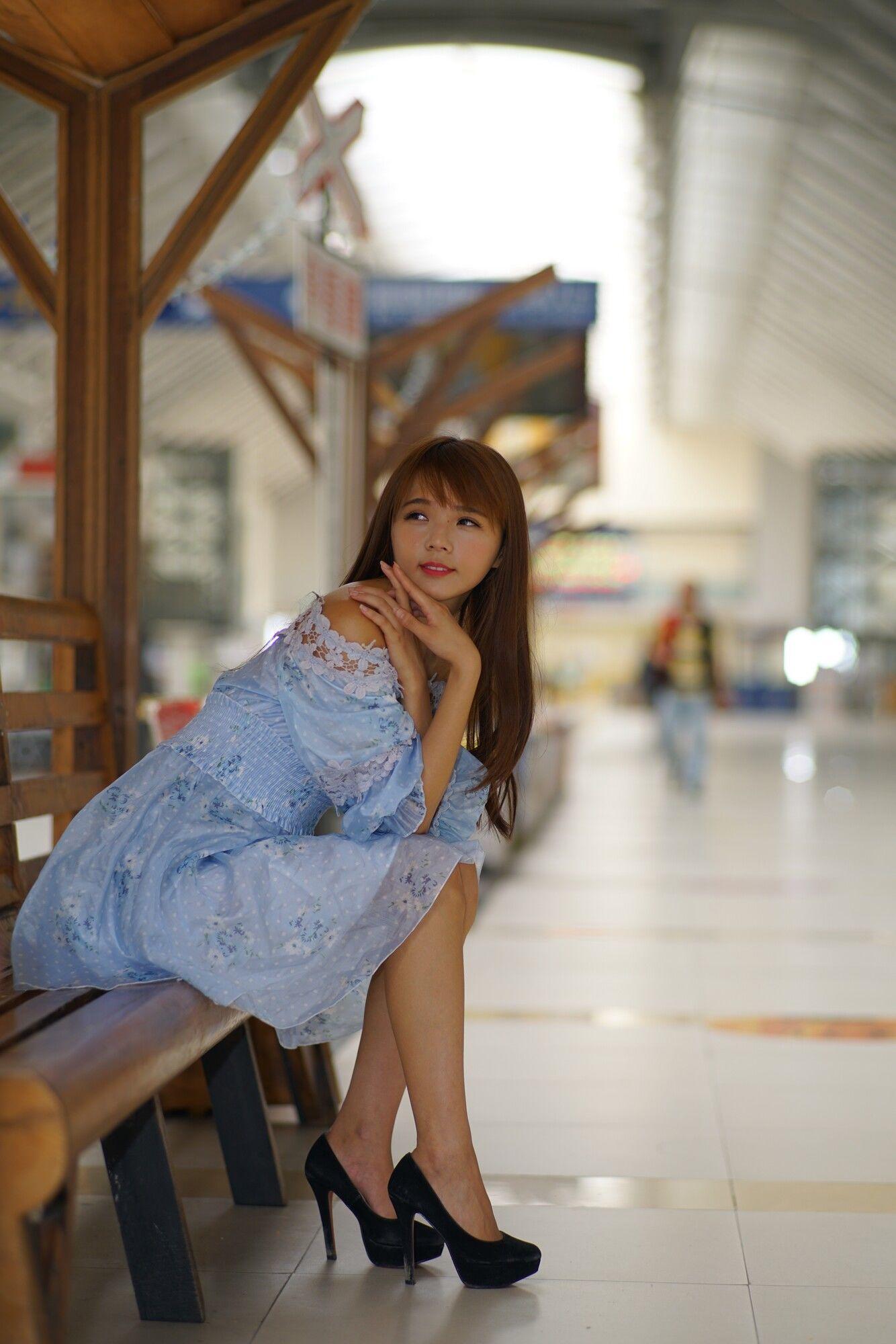 VOL.1199 [台湾正妹]甜美连衣裙软妹街拍高跟:苏郁媛超高清个人性感漂亮大图(76P)