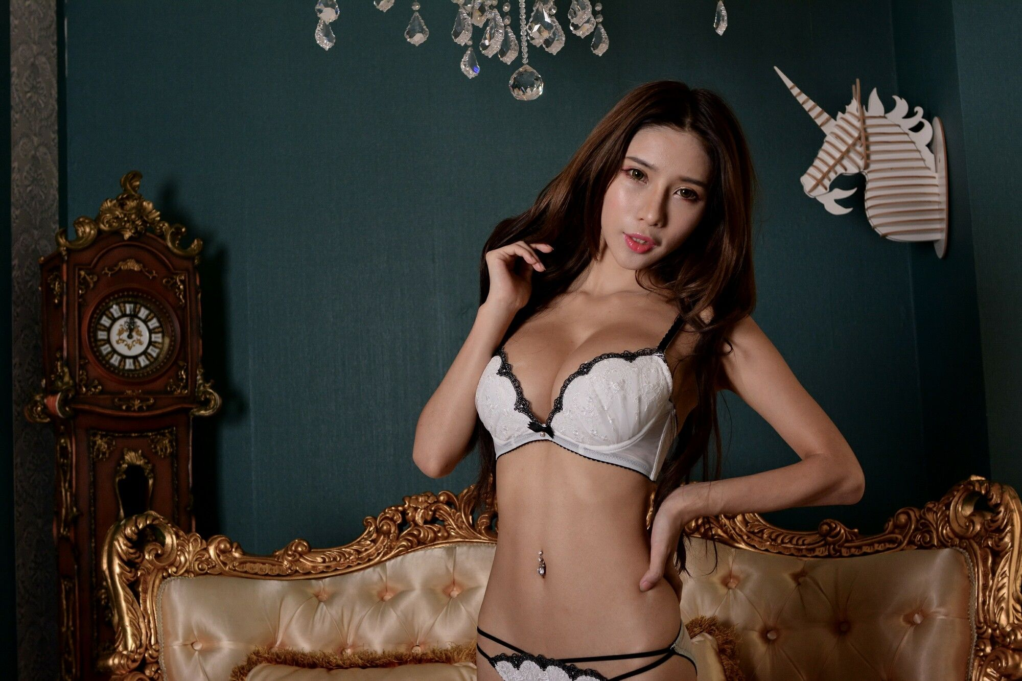 VOL.1496 [台湾正妹]性感美女内衣美女:沈雅琪(沈琪琪Mibo)超高清个人性感漂亮大图(37P)