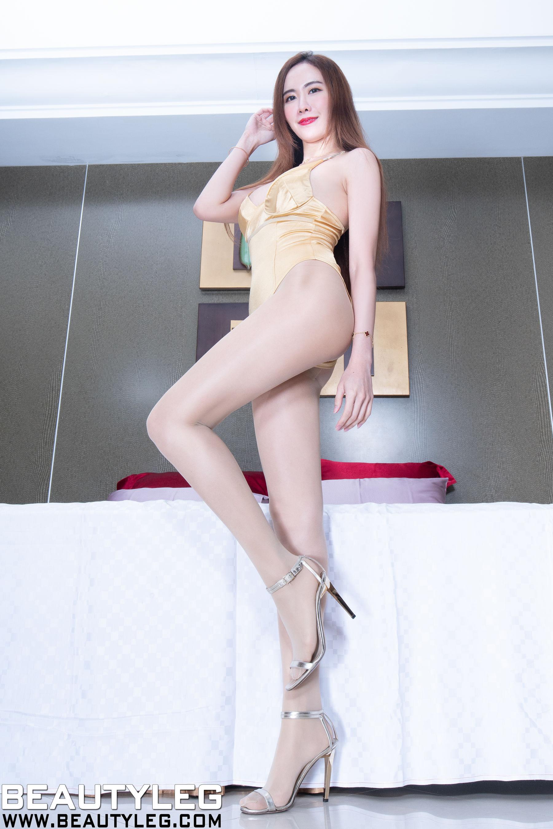 VOL.217 [Beautyleg]丝袜美腿高跟:曾妍希(腿模Dora)超高清个人性感漂亮大图(63P)