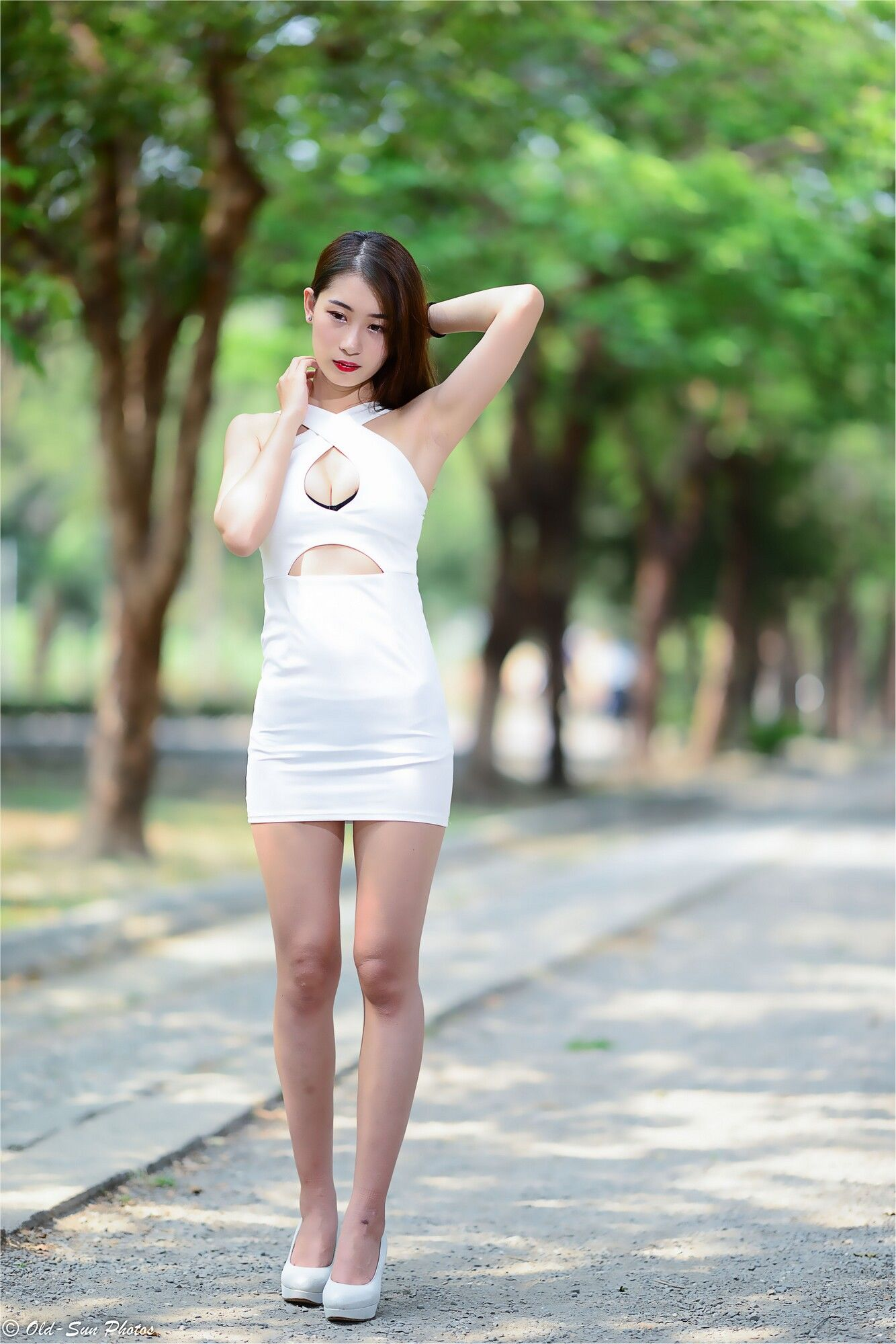 VOL.9 [台湾正妹]气质御姐高贵包臀裙美女:小雨超高清个人性感漂亮大图(92P)
