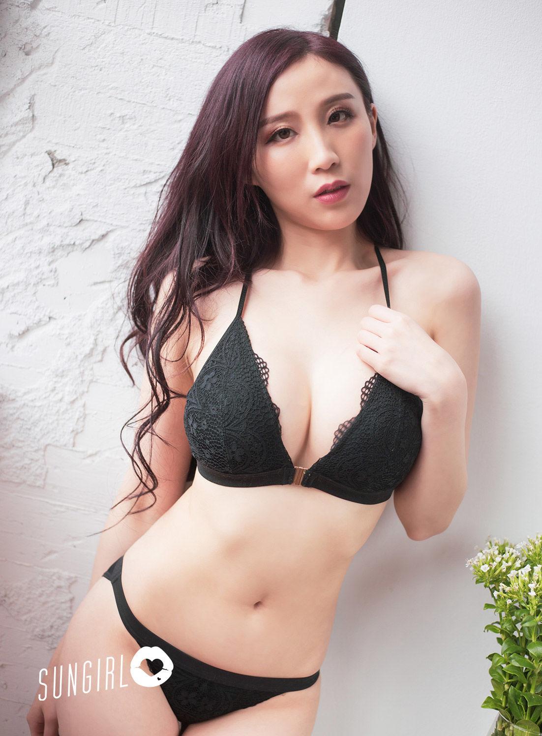 VOL.1527 [阳光宝贝]美胸爆乳轻熟女:黄蔓蔓Irene(蔓蔓宝宝)超高清个人性感漂亮大图(32P)