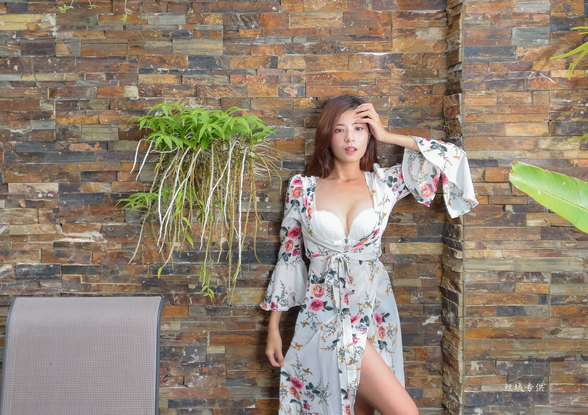 VOL.1732 [台湾正妹]长裙高贵优雅美女:方唯真(Chubby唯真)超高清个人性感漂亮大图(109P)