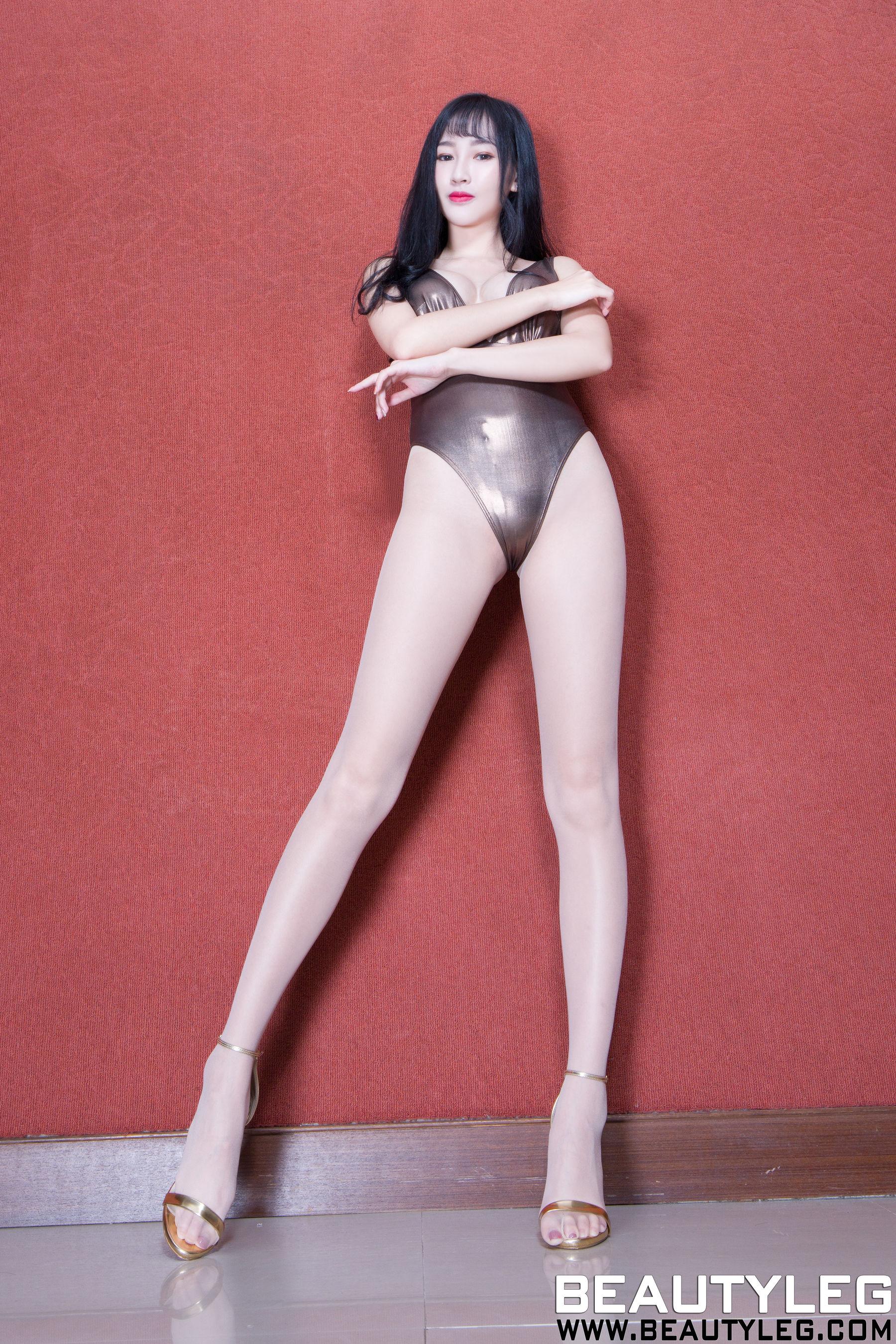 VOL.819 [Beautyleg]丝袜美腿高跟肉丝袜:腿模ChiChi超高清个人性感漂亮大图(55P)