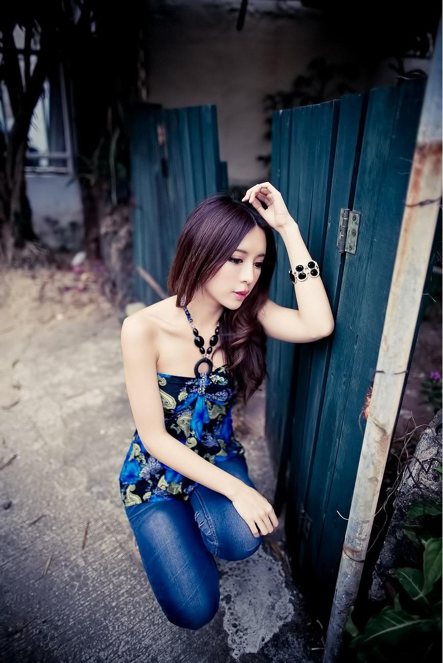 VOL.367 [台湾正妹]清新唯美优雅美女:张齐郡(Julie)超高清个人性感漂亮大图(67P)