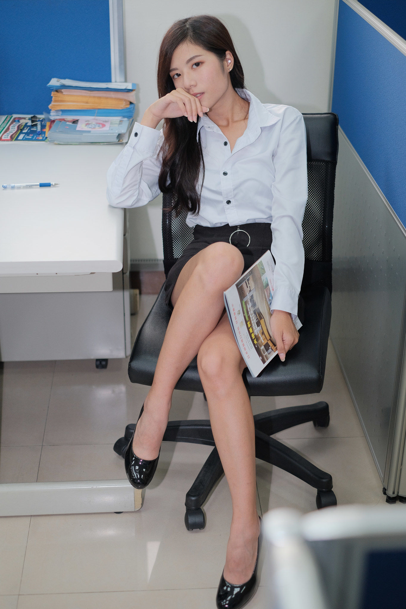 VOL.759 [台湾正妹]职业装OL美女:方唯真(Chubby唯真)超高清个人性感漂亮大图(18P)