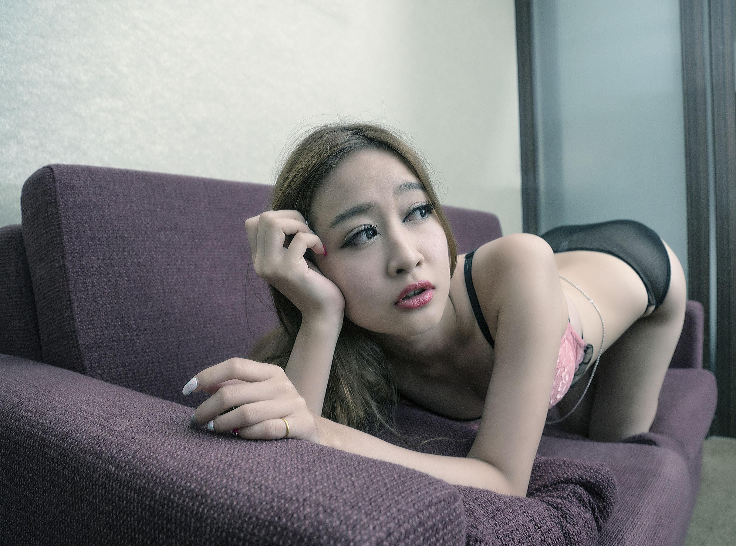 VOL.1692 [台湾正妹]性感美女内衣美女:康凯乐(腿模Kaylar)超高清个人性感漂亮大图(19P)
