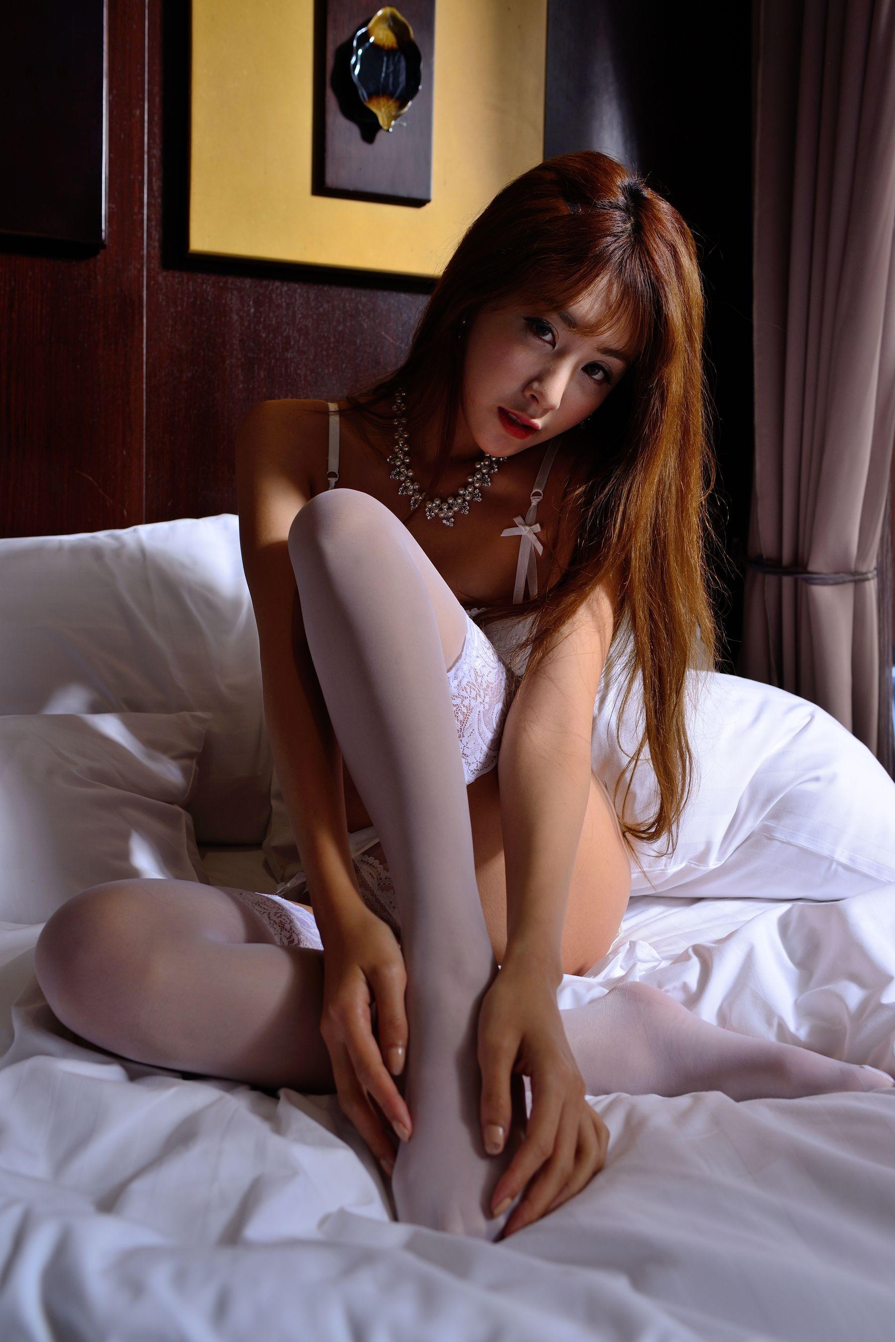 VOL.131 [台湾正妹]丝袜美女:夏晴(夏晴Miso,腿模Miso)超高清个人性感漂亮大图(27P)