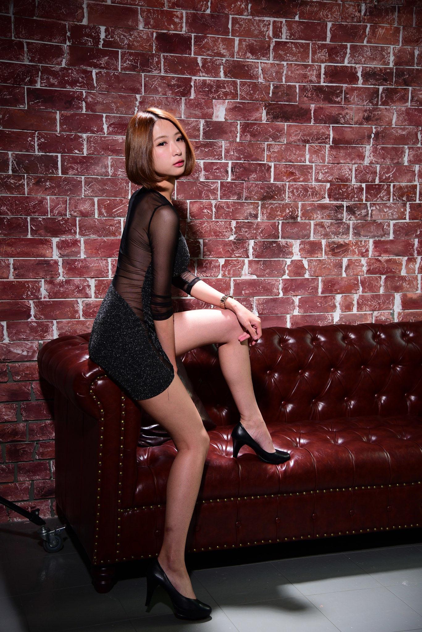 VOL.1515 [台湾正妹]短发魅惑美女:小芭蕉超高清个人性感漂亮大图(47P)