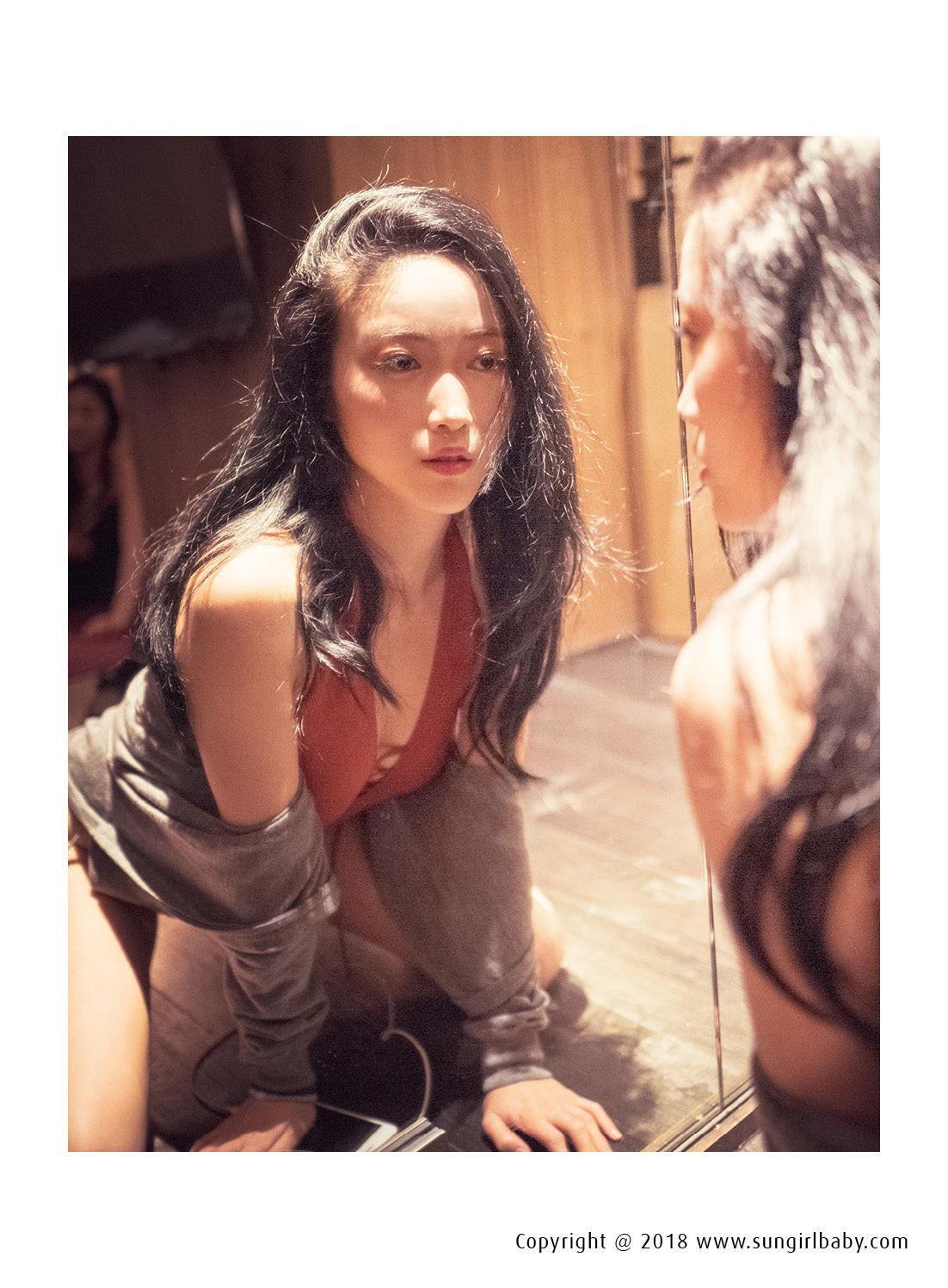 VOL.1994 [阳光宝贝]妩媚魅惑美女:Kuma爹地超高清个人性感漂亮大图(32P)