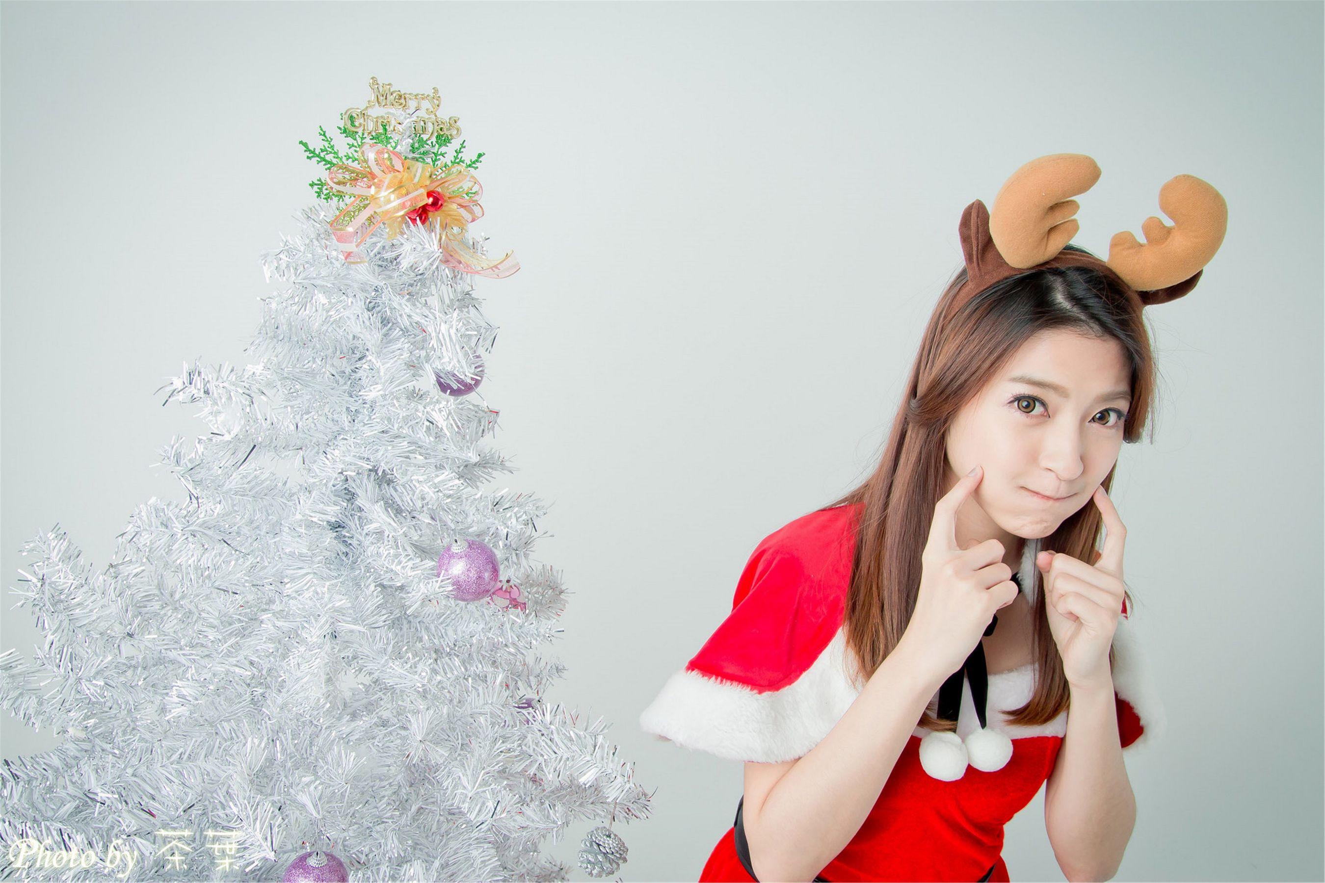 VOL.1470 [台湾正妹]可爱猫女郎圣诞萌女:李思娴超高清个人性感漂亮大图(44P)
