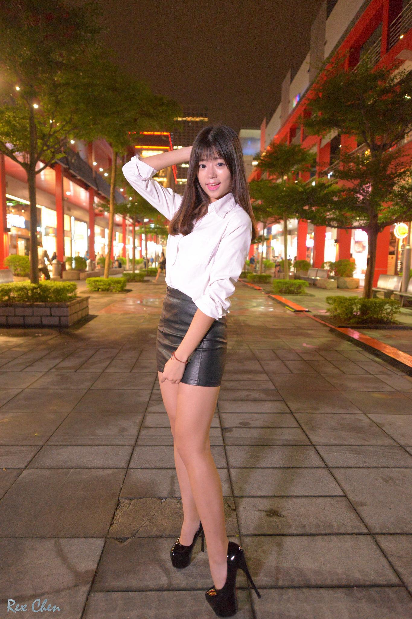 VOL.914 [台湾正妹]街拍丝袜美腿OL美女:比比儿(Katie Chiu)超高清个人性感漂亮大图(31P)
