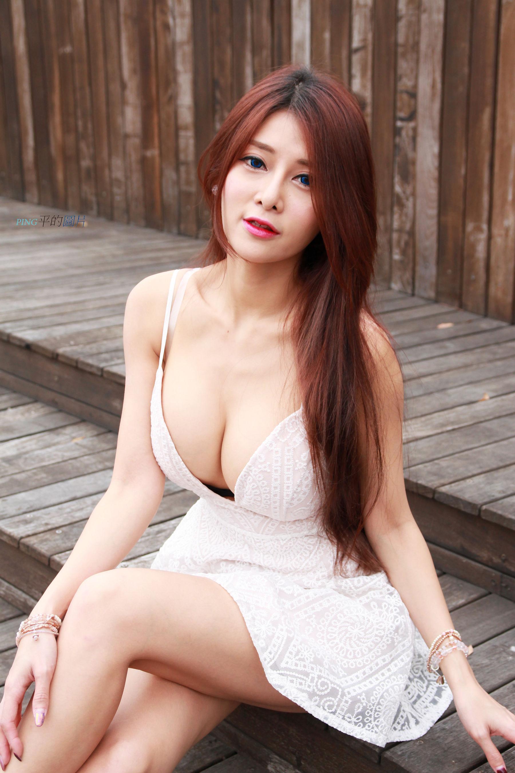 VOL.1134 [台湾正妹]美胸女神巨乳爆乳:安希希超高清个人性感漂亮大图(30P)