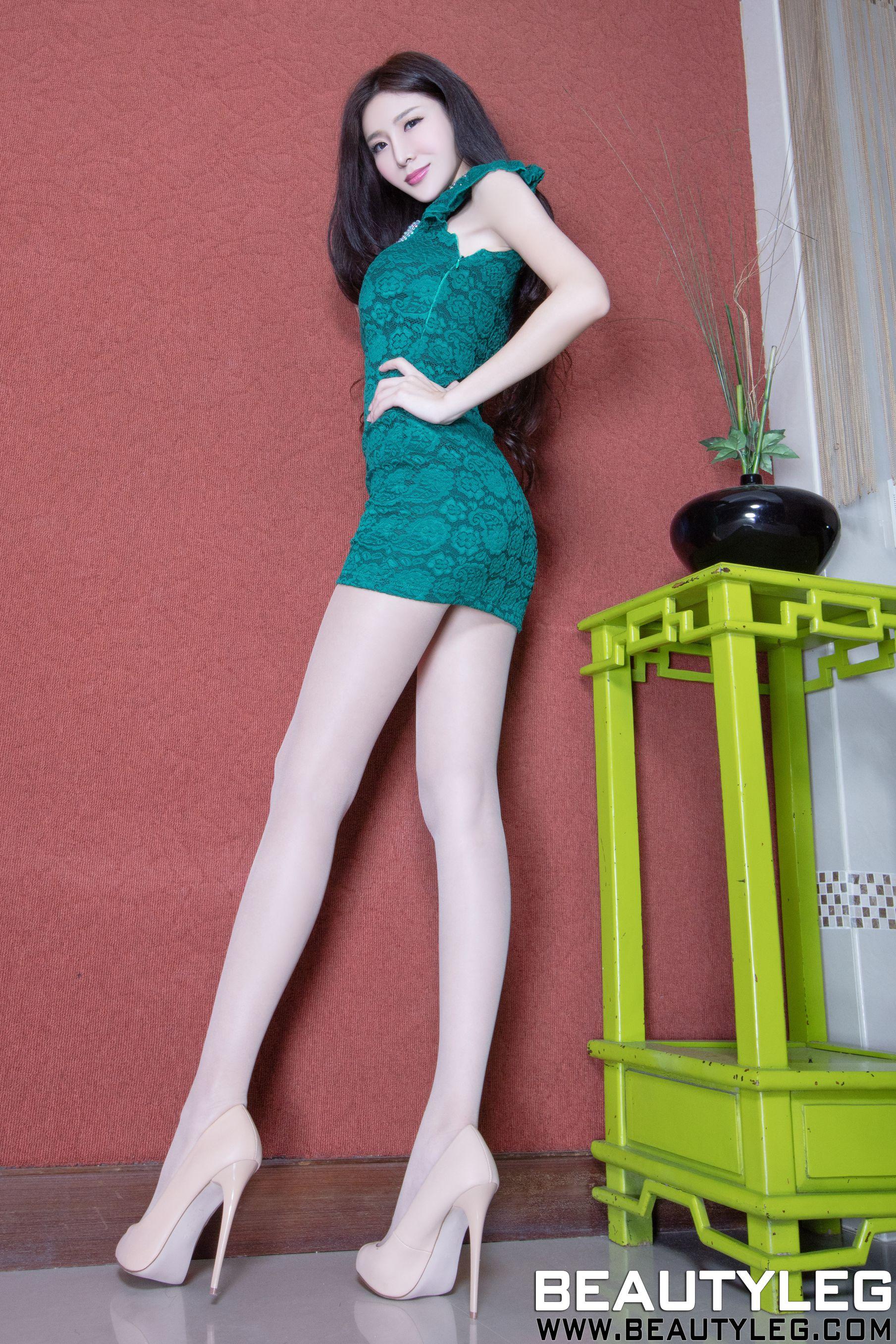 VOL.983 [Beautyleg]高跟凉鞋长腿美女C罩杯美女:李小星(Beautyleg腿模Xin)超高清个人性感漂亮大图(49P)