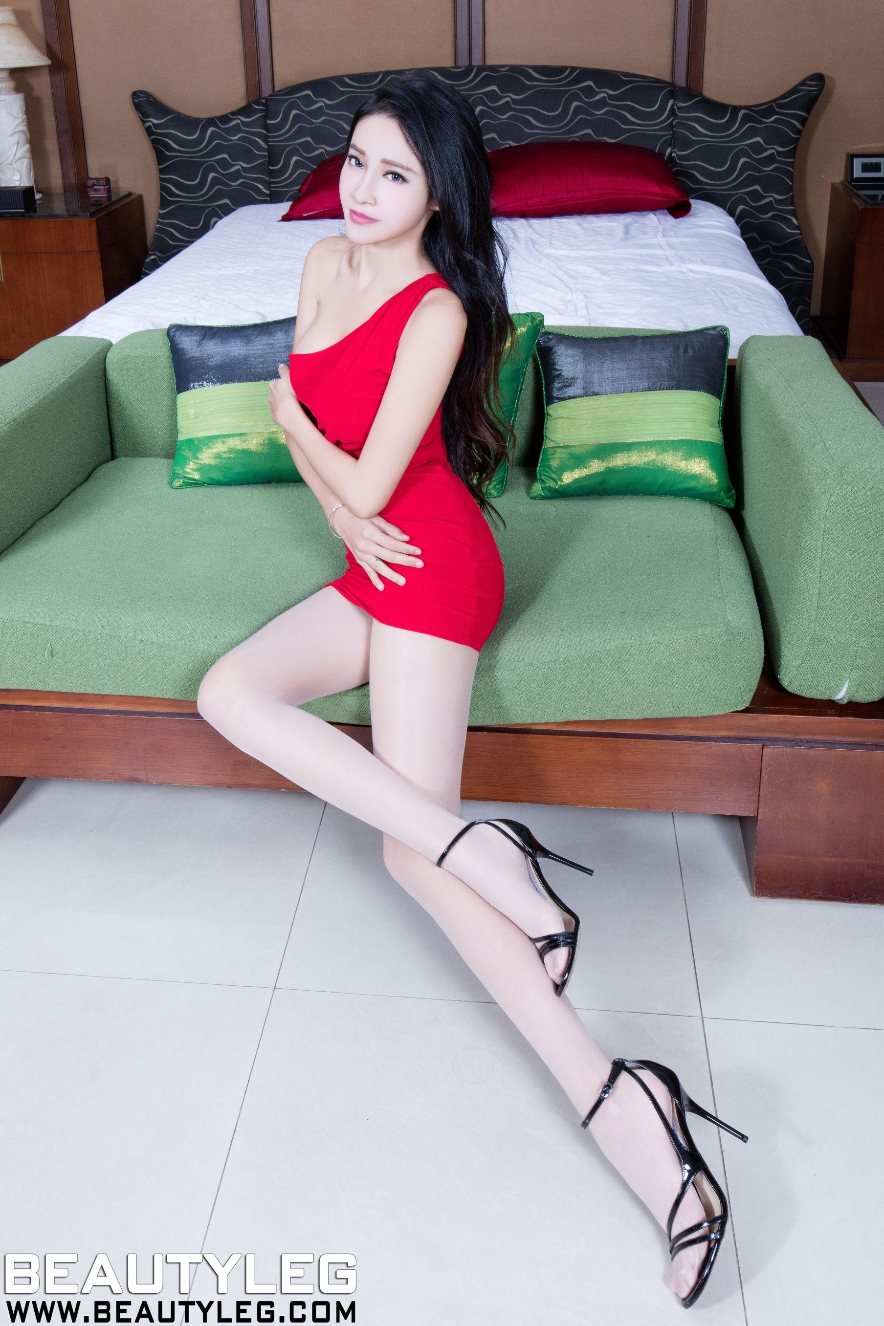 VOL.1792 [Beautyleg]丝袜美女美腿肉丝袜:詹艾葳(腿模Avril,腿模Arvil)超高清个人性感漂亮大图(56P)