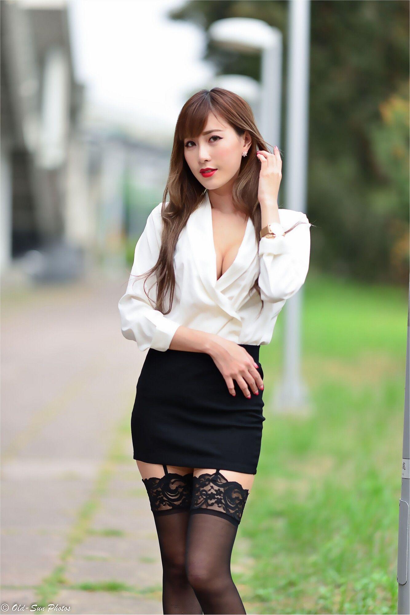 VOL.6 [台湾正妹]丝袜美腿黑丝外拍OL美女:黄艾比(腿模Abbie)超高清个人性感漂亮大图(120P)