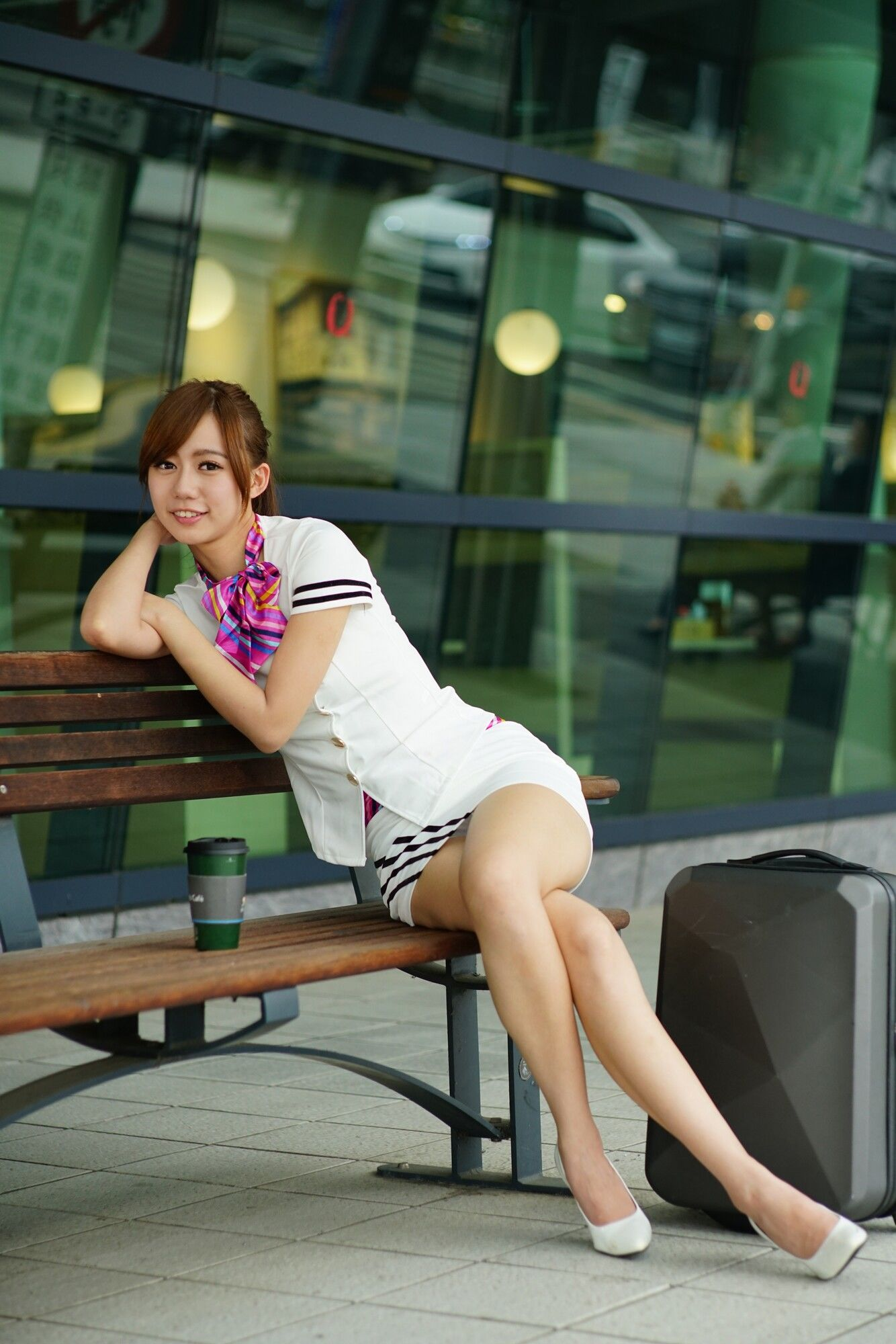 VOL.159 [台湾正妹]街拍正妹空姐制服街拍美臀:张菁菁Arlena(张菁菁Arlena)超高清个人性感漂亮大图(100P)