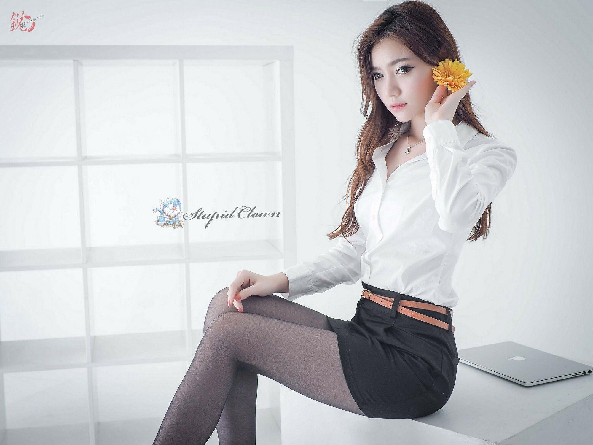 VOL.1466 [台湾正妹]OL美女:苏小立超高清个人性感漂亮大图(38P)