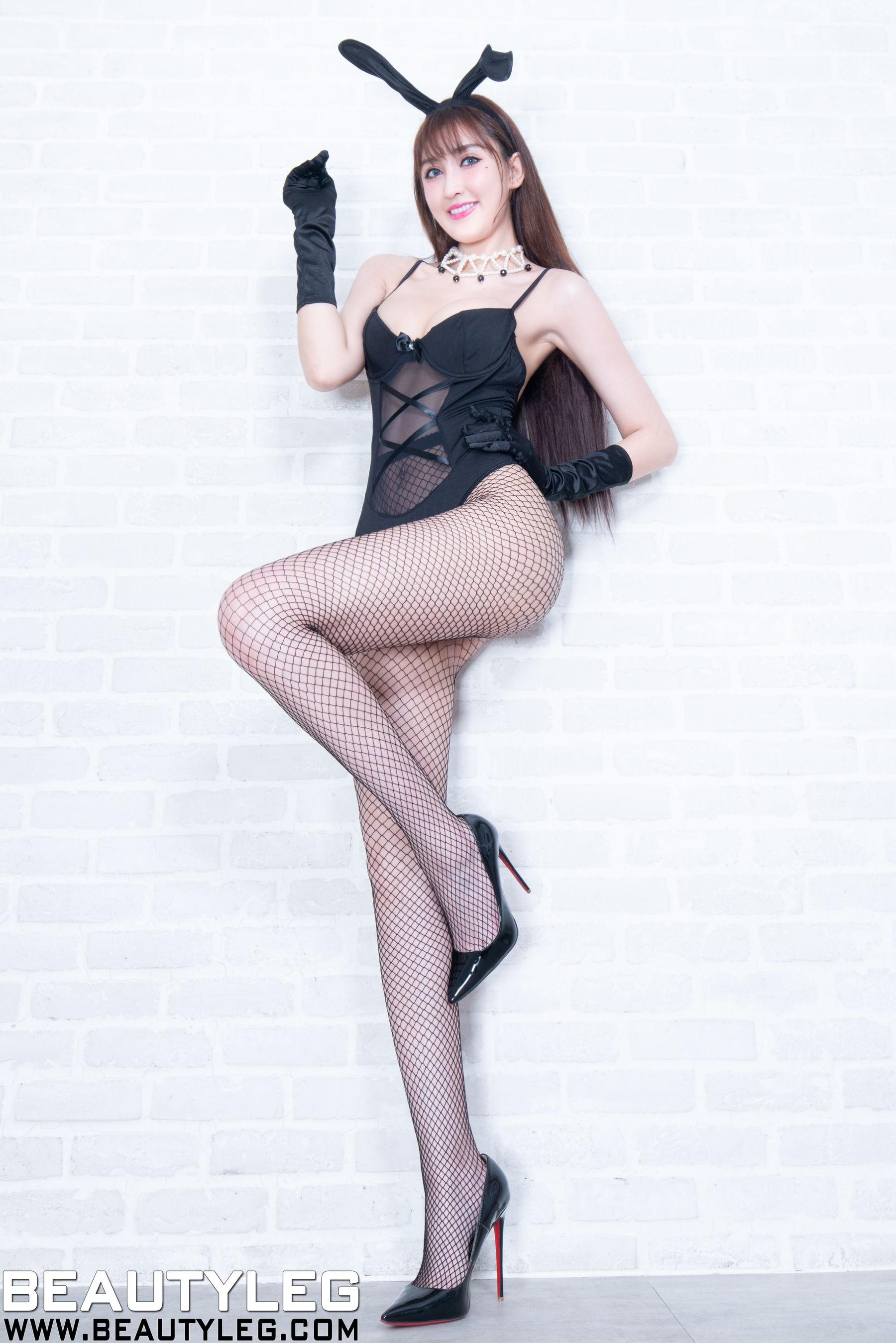 VOL.799 [Beautyleg]兔女郎网袜:任育萱(腿模Vanessa)超高清个人性感漂亮大图(58P)
