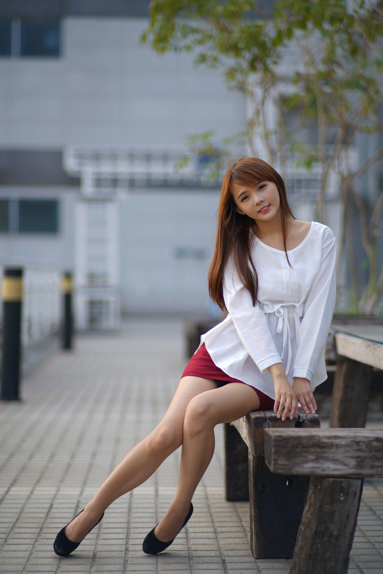 VOL.566 [台湾正妹]正妹包臀裙美女长腿美女街拍美臀:苏郁媛超高清个人性感漂亮大图(56P)