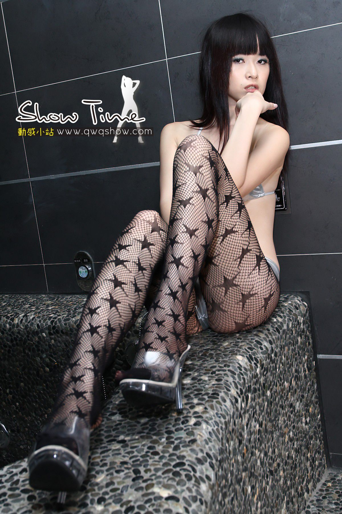 VOL.381 [动感之星]泳装网袜:动感小站娜娜(动感之星娜娜)高品质写真套图(42P)