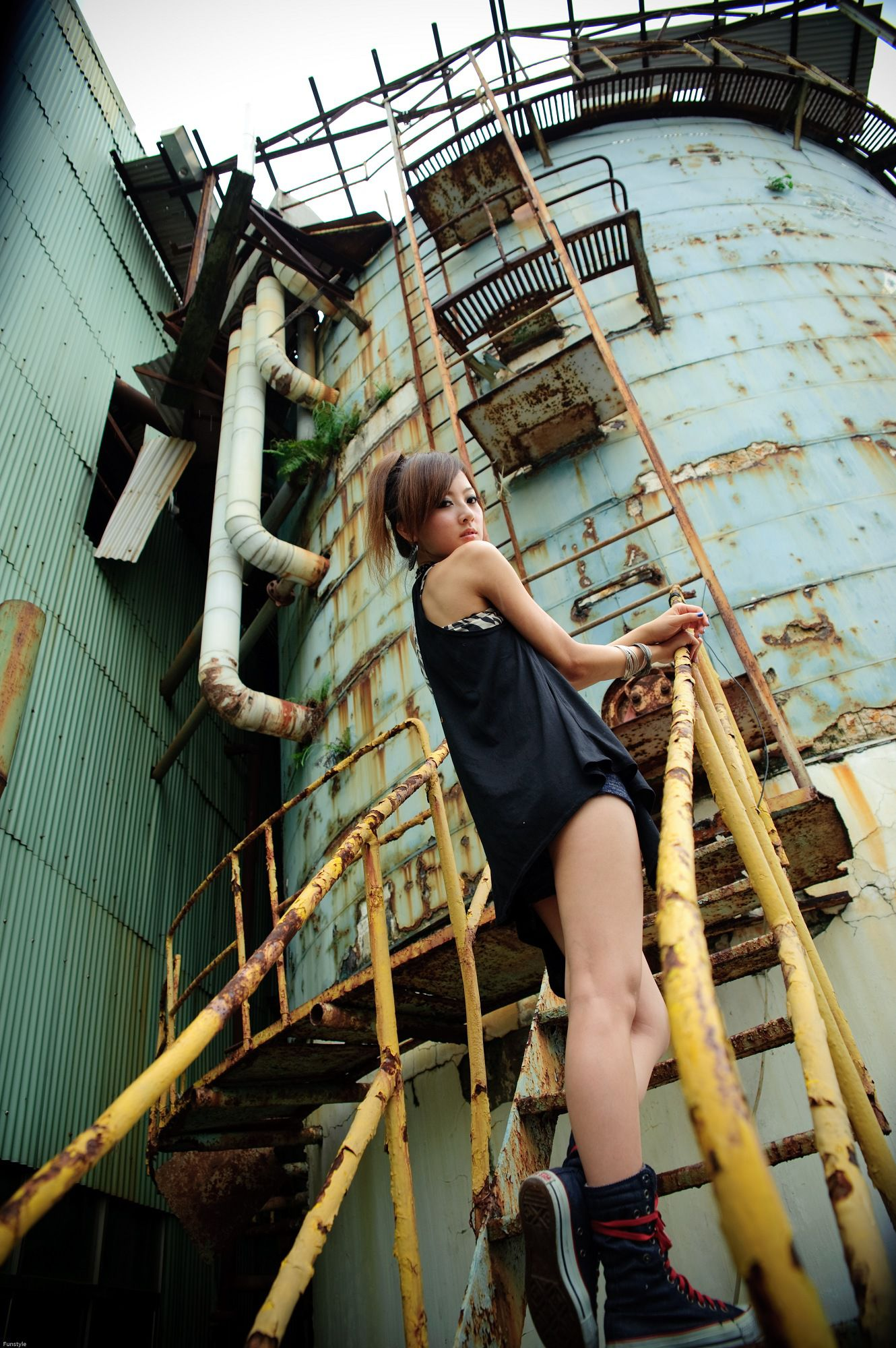 VOL.1633 [网络美女]热裤外拍妹子:张凯洁(张允霏,果子MM)高品质写真套图(65P)