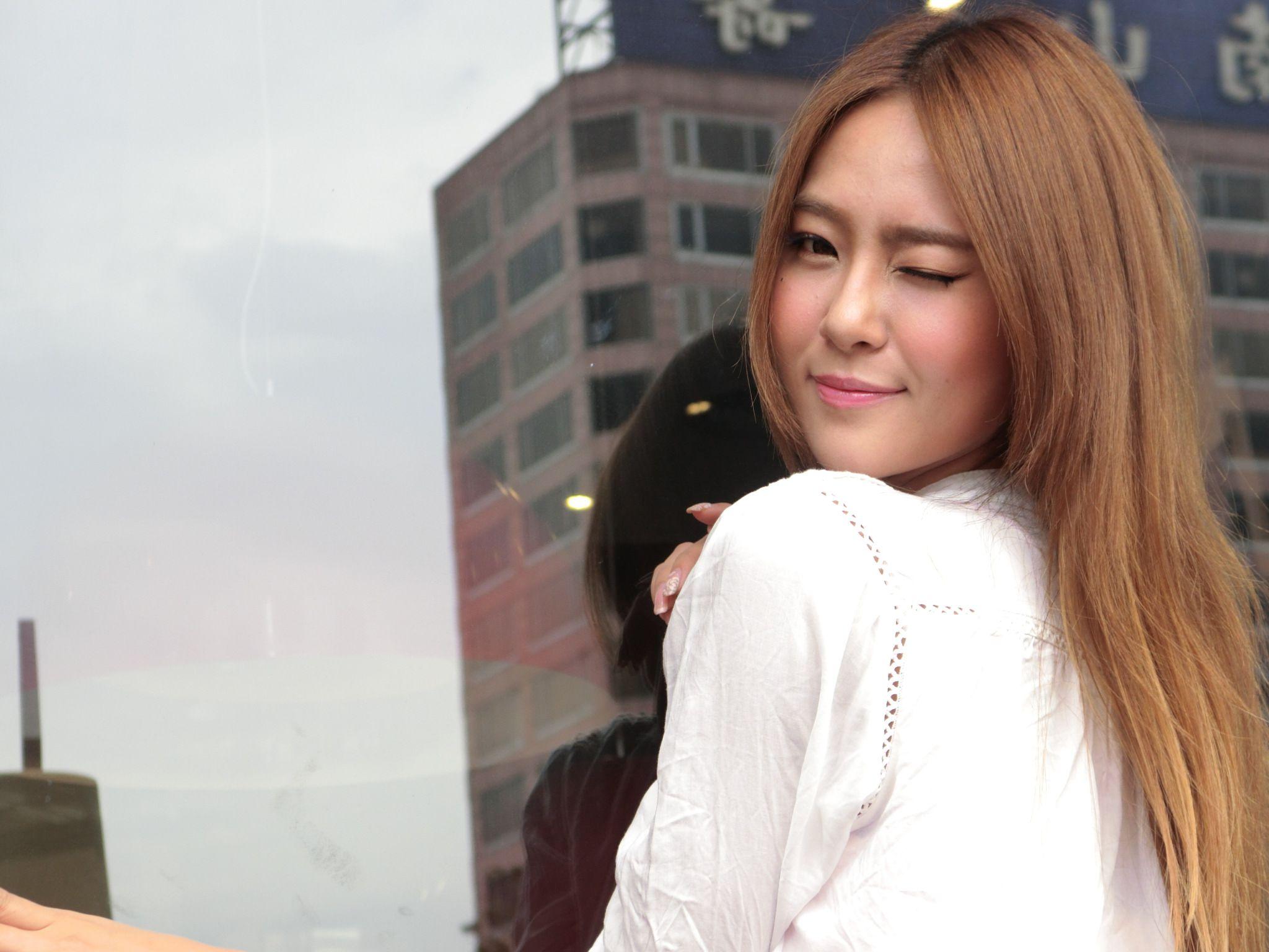 VOL.425 [台湾正妹]街拍街拍美臀:Winnie小雪(庄咏惠,庄温妮,腿模Winnie)高品质写真套图(97P)