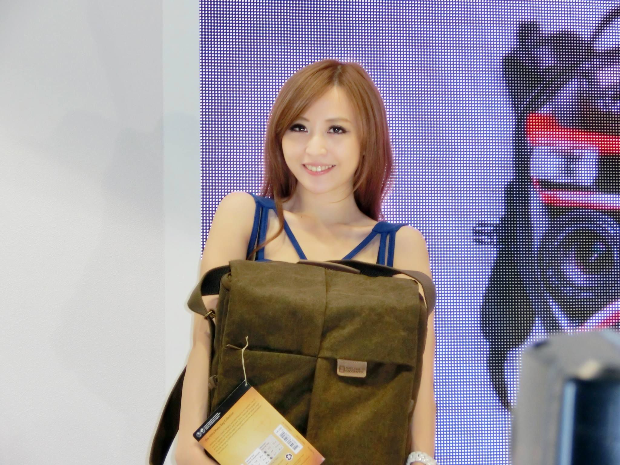 VOL.300 [台湾正妹]Show Girl:倪千凌(腿模Lucy,陈佳筠)高品质写真套图(61P)