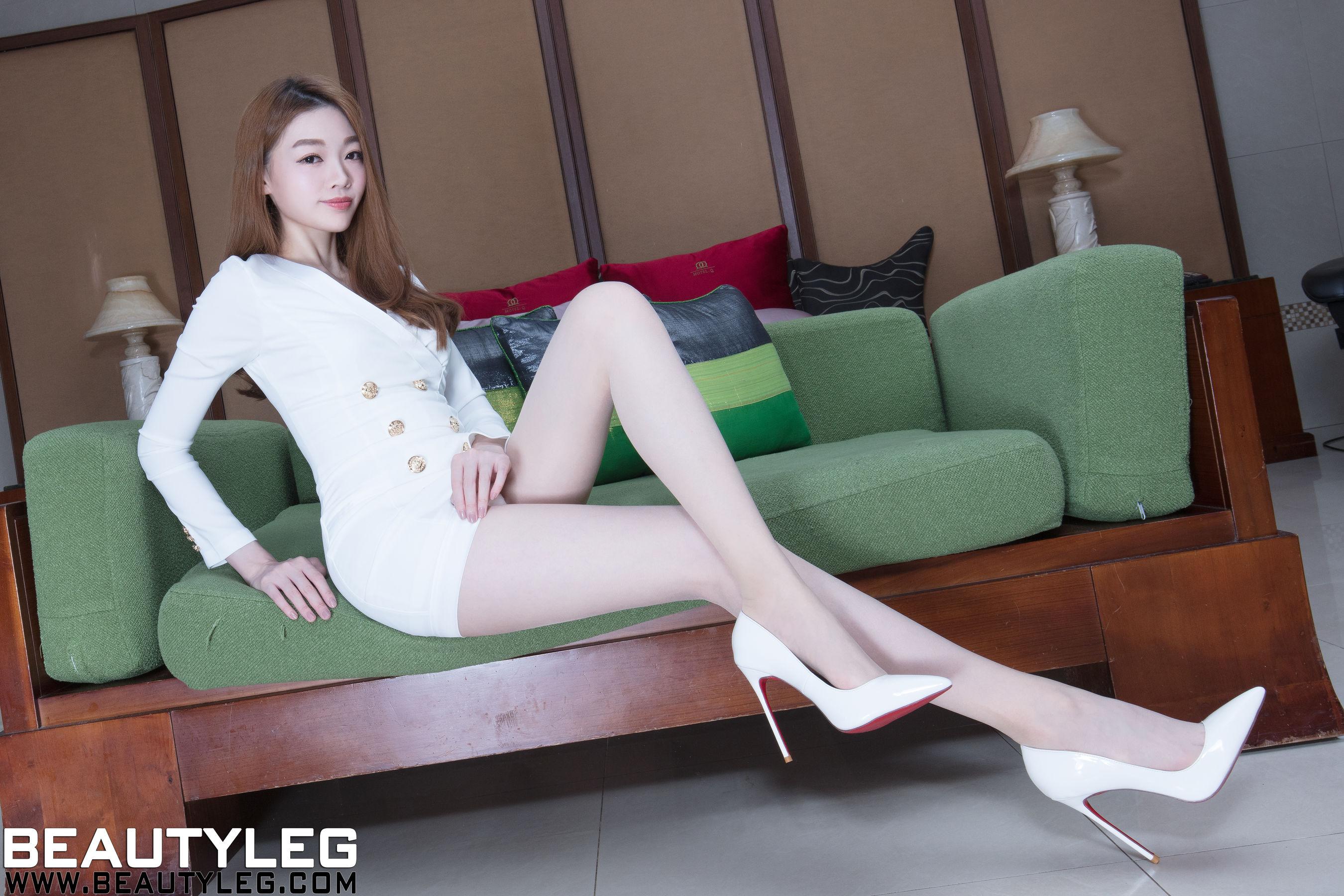 VOL.1642 [Beautyleg]制服丝袜美腿长腿美女:腿模Joanna高品质写真套图(52P)