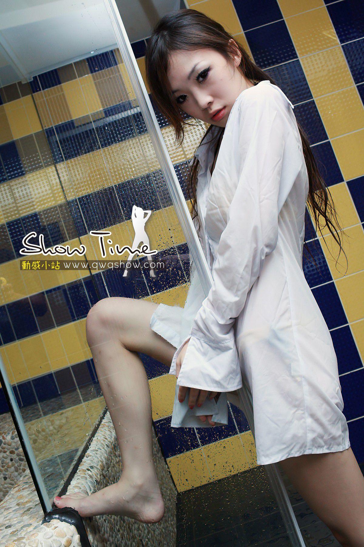 VOL.209 [动感之星]湿身浴室衬衫:骨儿(动感小站骨儿,动感之星骨儿)高品质写真套图(38P)