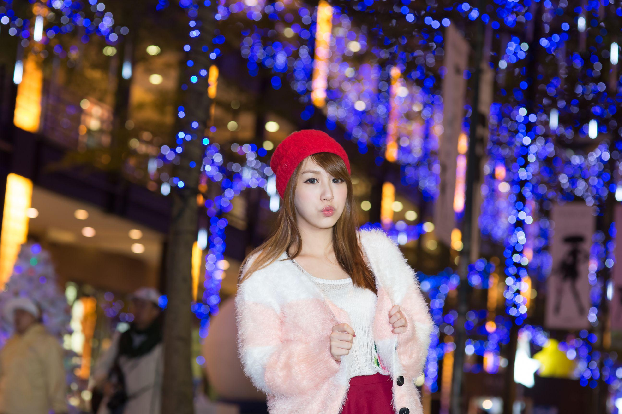 VOL.251 [台湾正妹]街拍正妹:吕思莹(Kimi步,吕小步)高品质写真套图(16P)