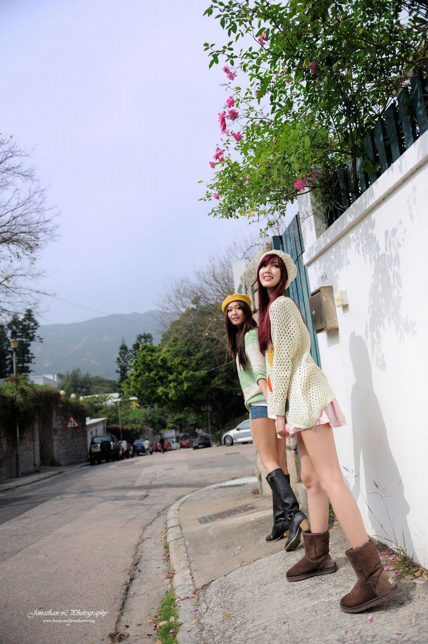 VOL.215 [台湾正妹]清纯街拍正妹姐妹花:Winnie小雪高品质写真套图(62P)