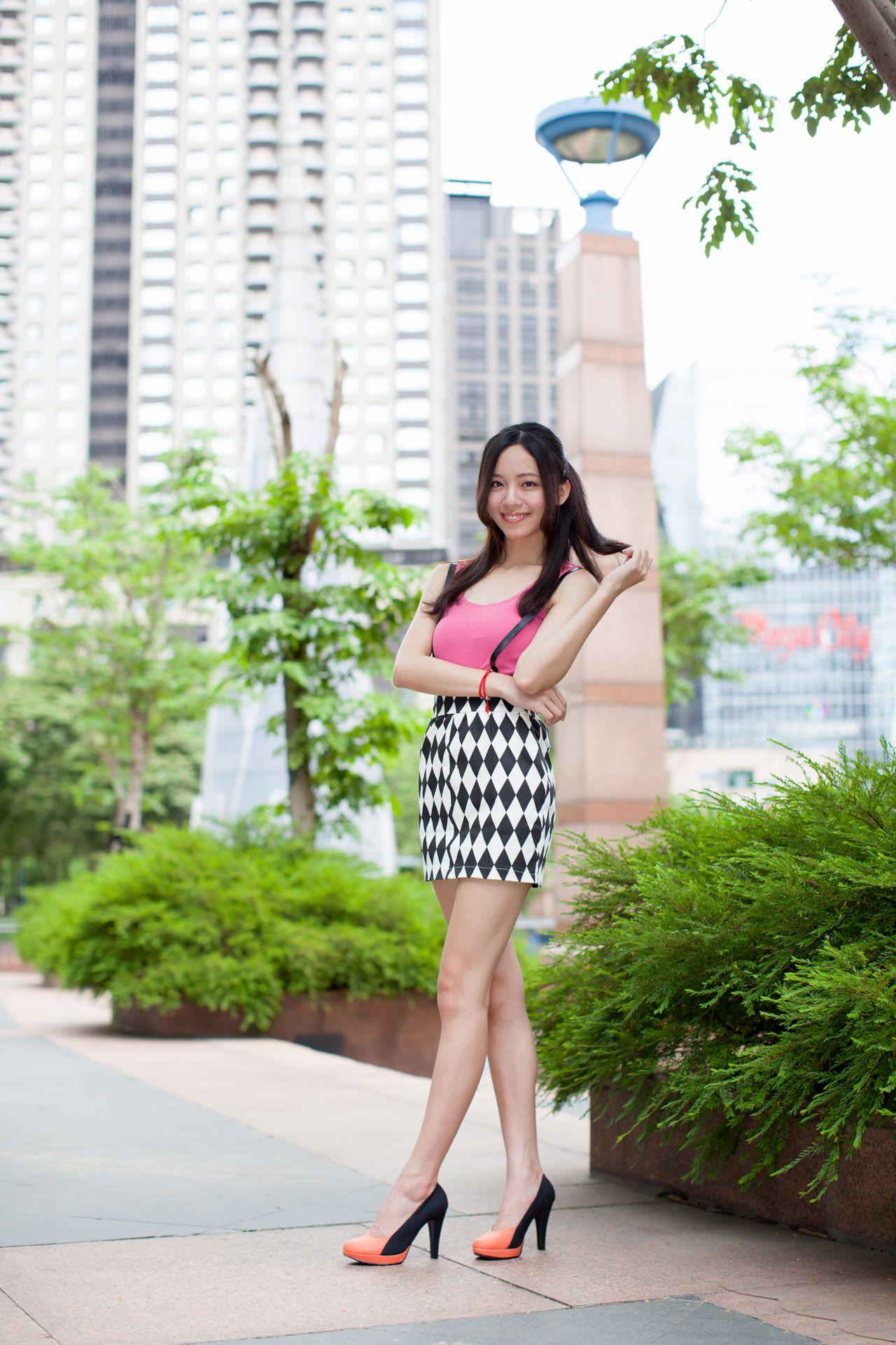 VOL.382 [网络美女]清新女神街拍:林千如(腿模Anita)高品质写真套图(43P)