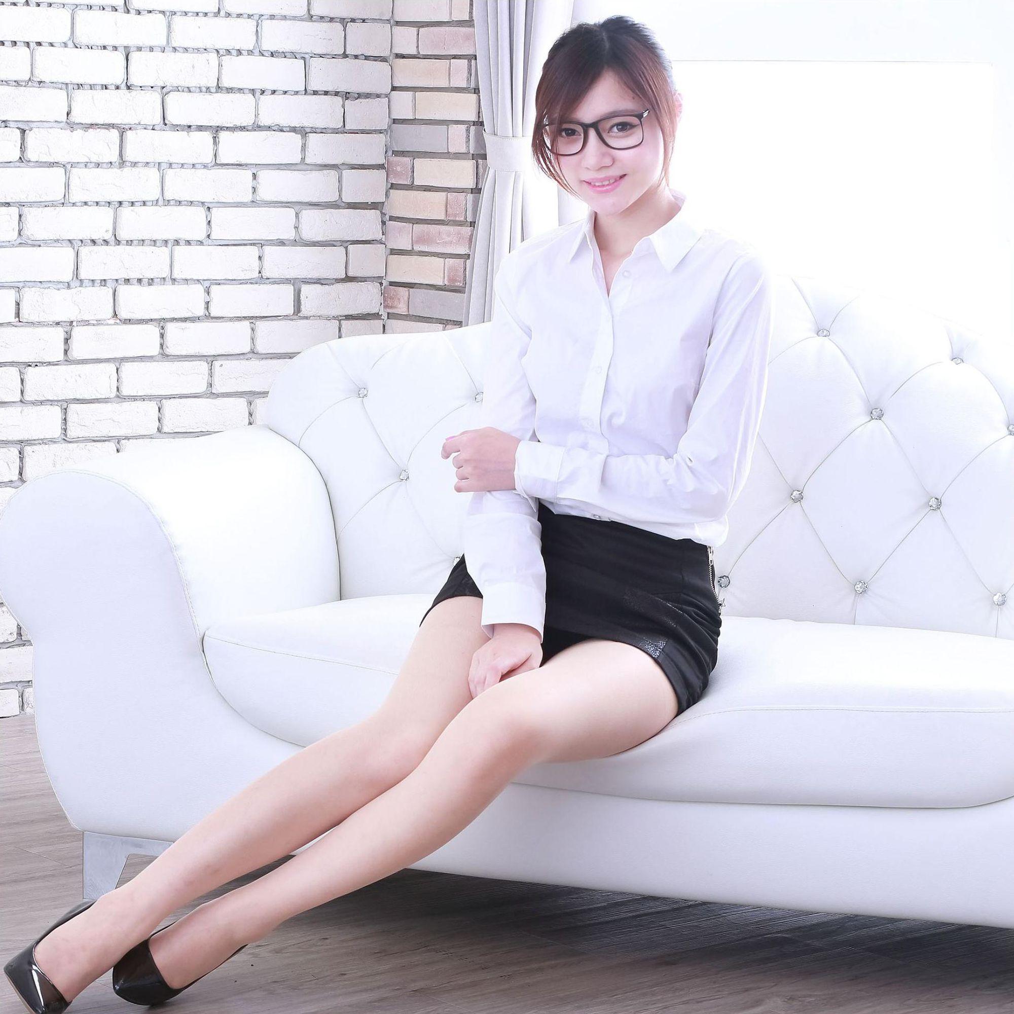 VOL.457 [台湾正妹]职业装OL美女白领丽人:苏小立高品质写真套图(25P)