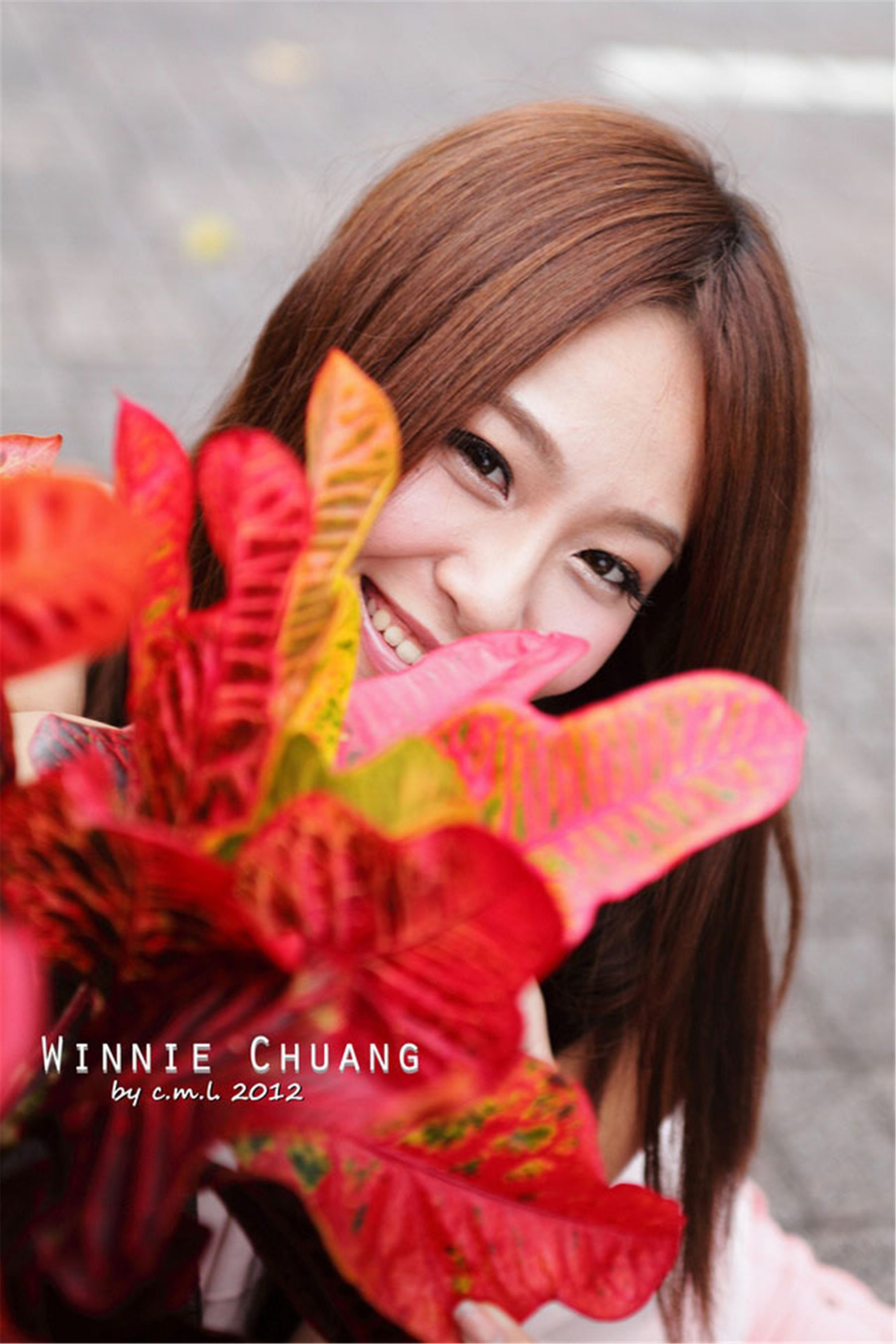 VOL.1271 [网络美女]街拍:Winnie小雪(庄咏惠,庄温妮,腿模Winnie)高品质写真套图(76P)