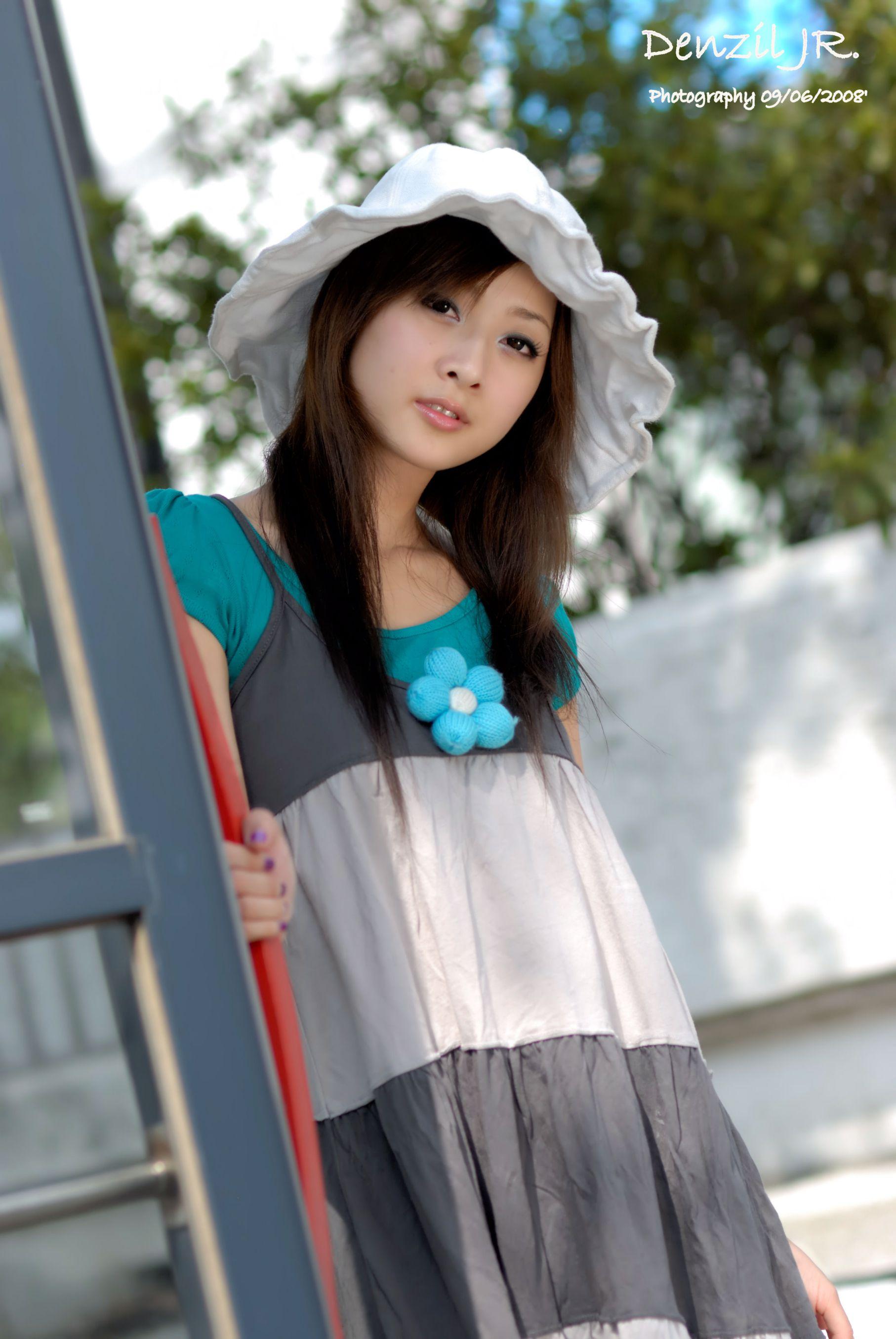 VOL.1860 [台湾正妹]长裙街拍:张凯洁(张允霏,果子MM)高品质写真套图(59P)