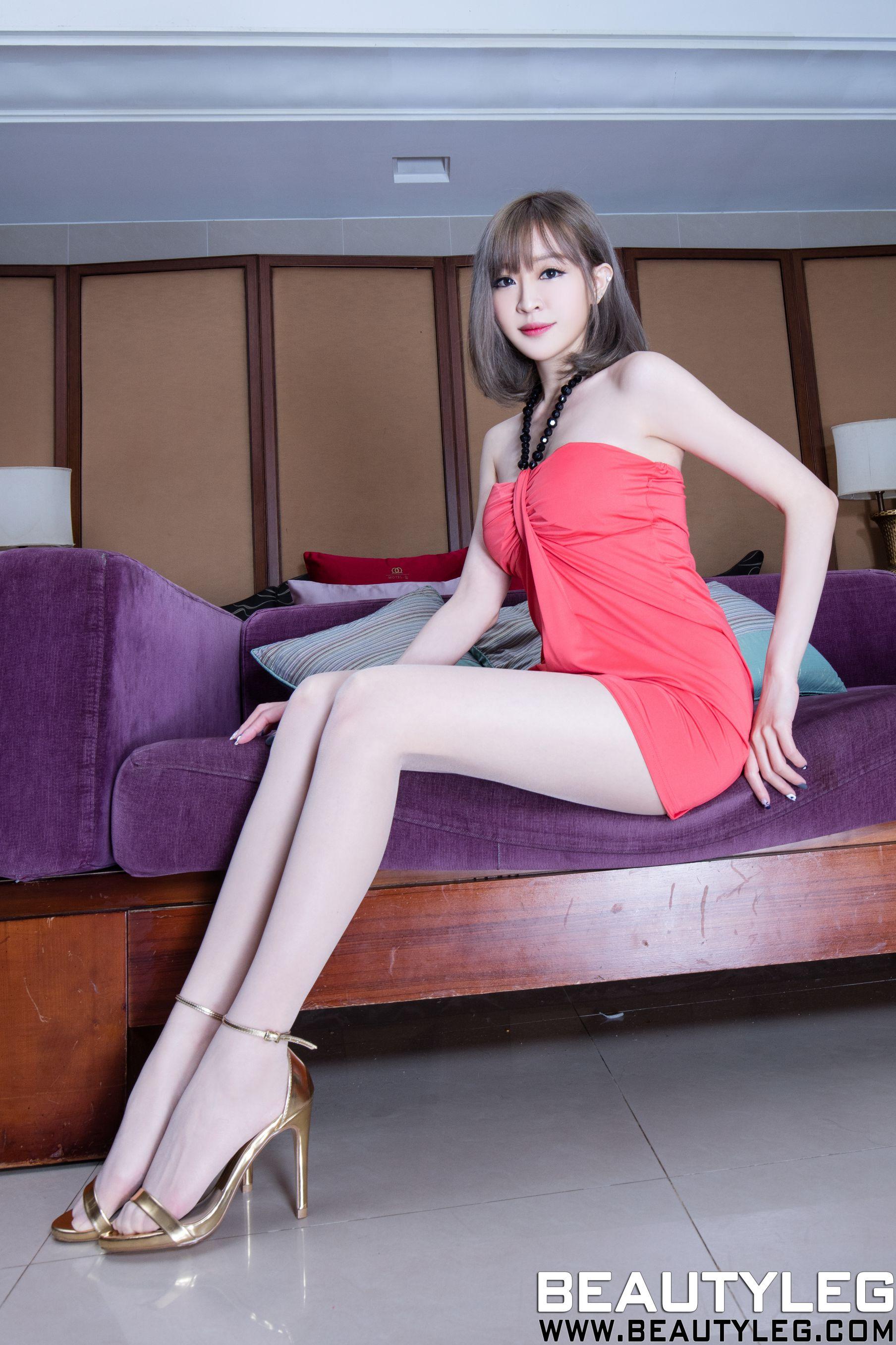VOL.271 [Beautyleg]丝袜美腿长腿美女:倪千凌(腿模Lucy,陈佳筠)高品质写真套图(64P)