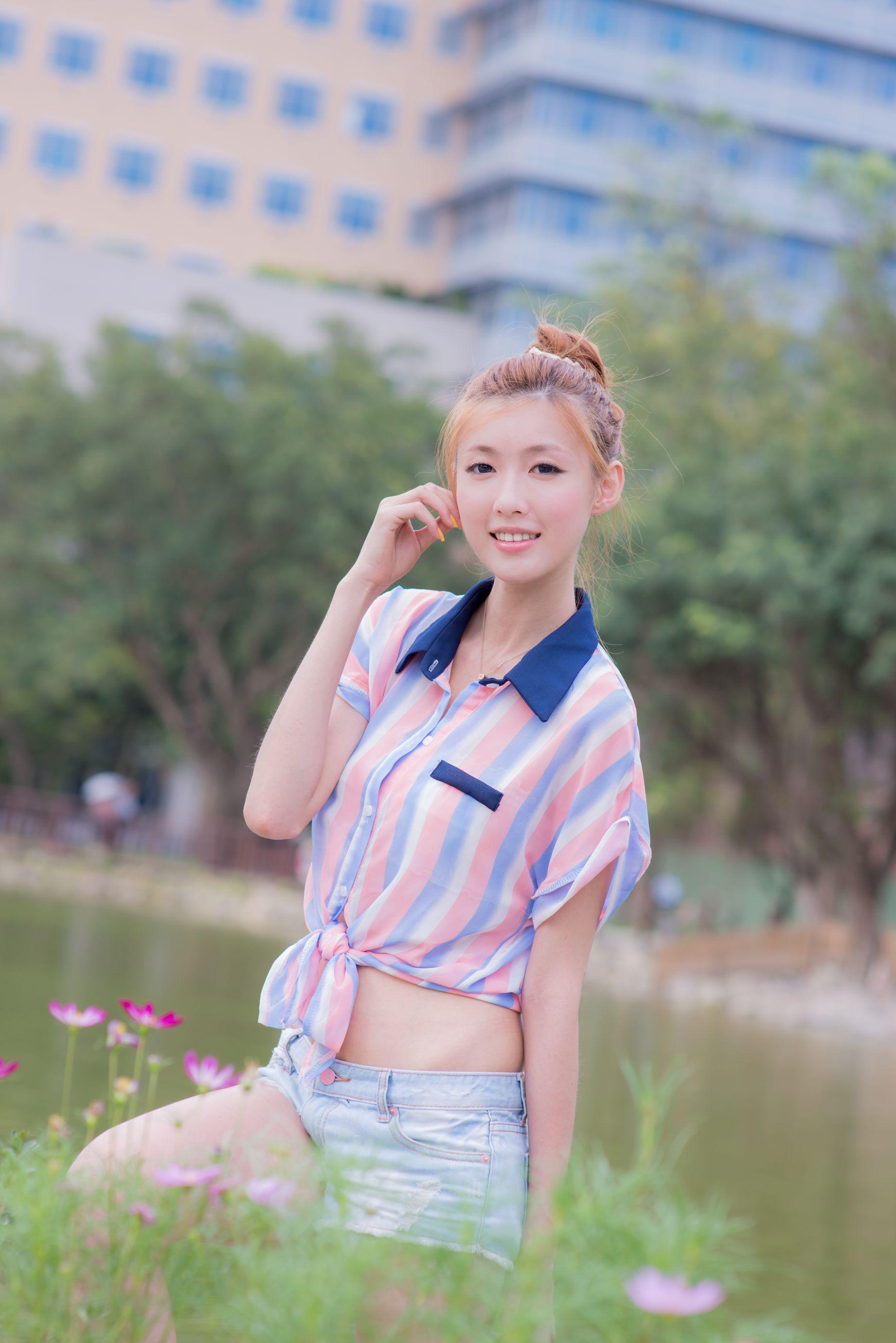 VOL.1341 [台湾正妹]热裤牛仔清新阳光街拍美腿:金允乔(廖挺伶,kila晶晶)高品质写真套图(45P)