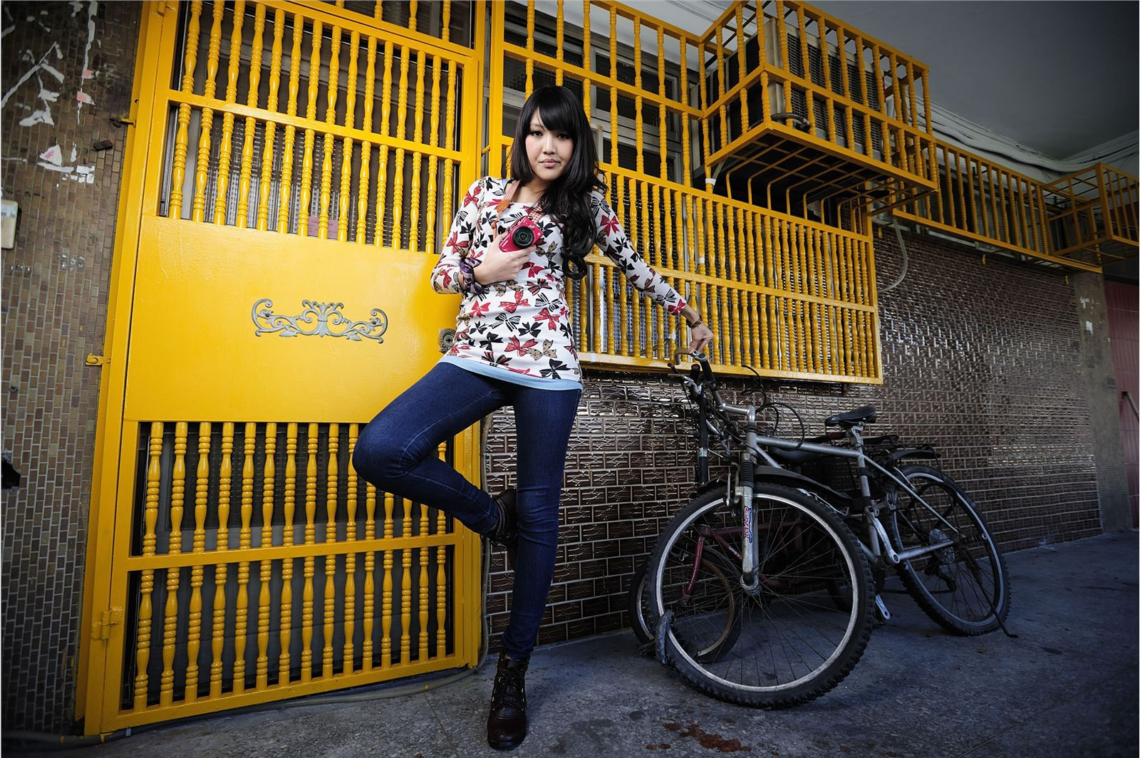 VOL.244 [台湾正妹]外拍嫩模惊艳网红:陈玮廷(Beautyleg腿模Jill)高品质写真套图(50P)