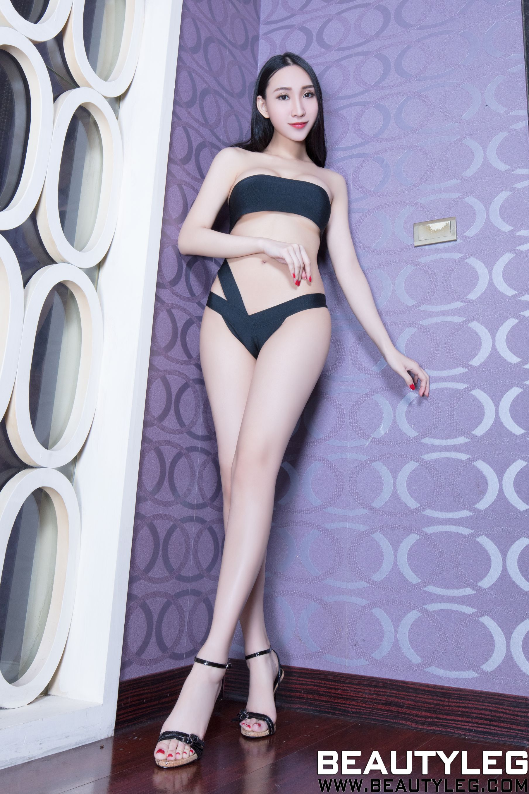 VOL.1291 [Beautyleg]美腿高跟凉鞋:吴美希(腿模Miki)高品质写真套图(46P)