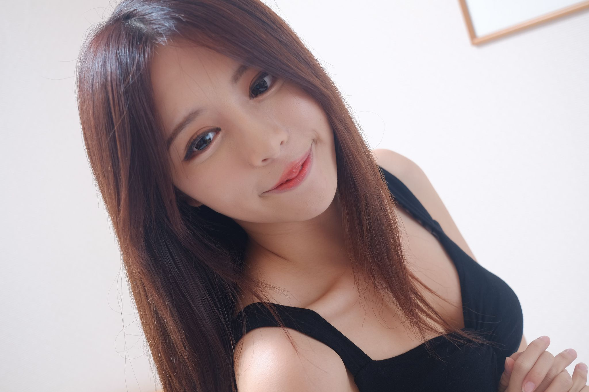 VOL.1058 [台湾正妹]妹子网红:张齐郡(Julie)高品质写真套图(63P)