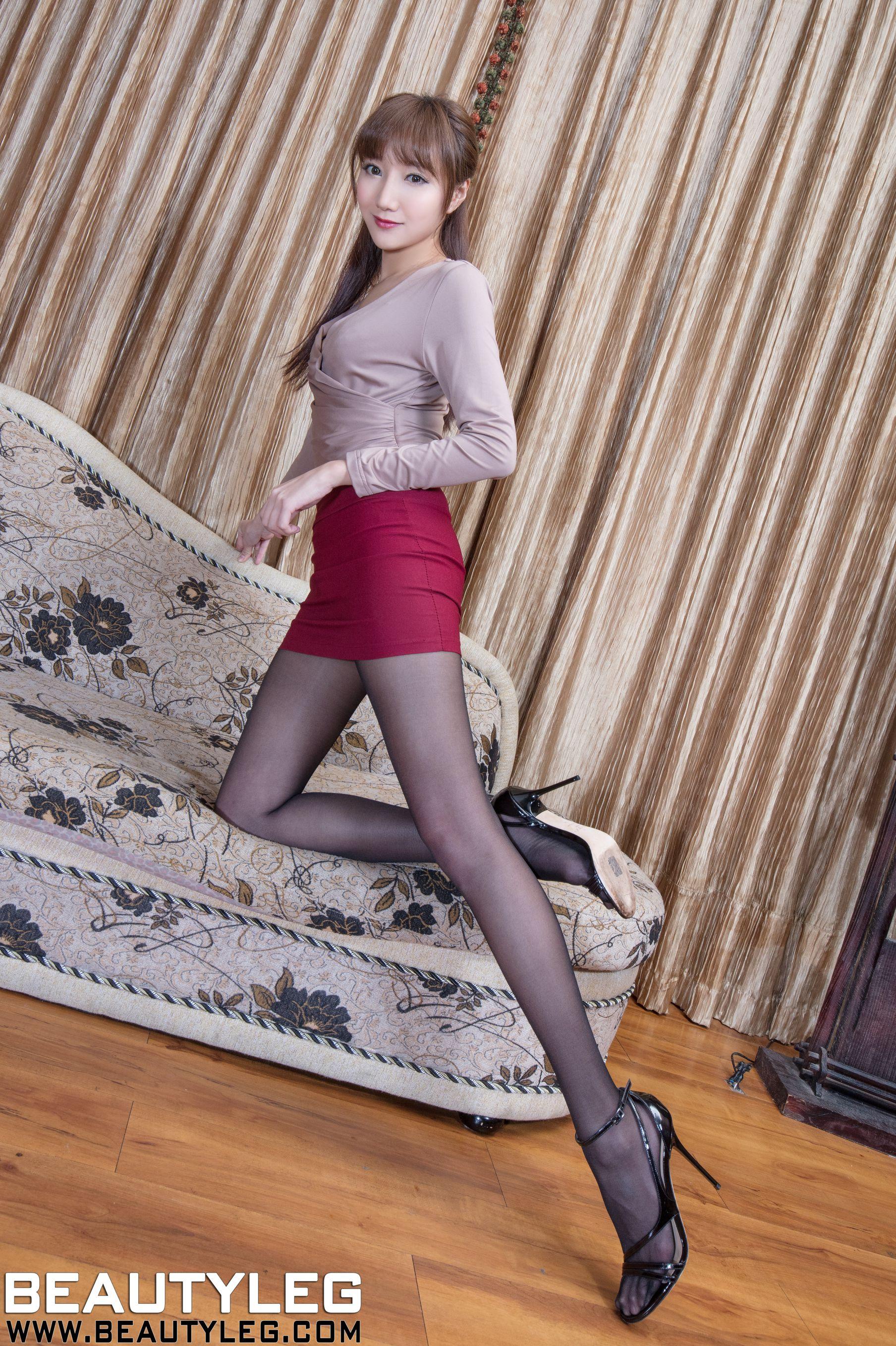 VOL.100 [Beautyleg]丝袜美女美腿:陈思婷(腿模Tina,李霜)高品质写真套图(48P)