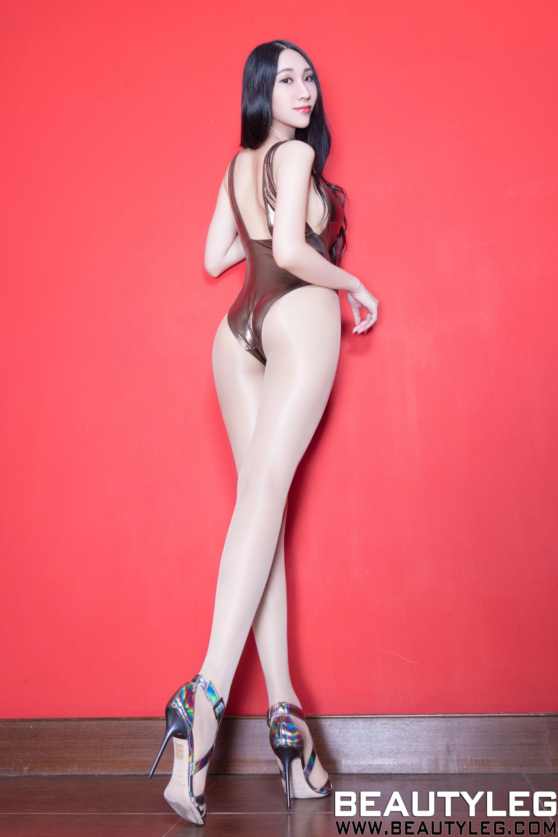 VOL.1188 [Beautyleg]高叉泳装高跟情趣皮衣美女长腿美女:吴美希(腿模Miki)高品质写真套图(50P)