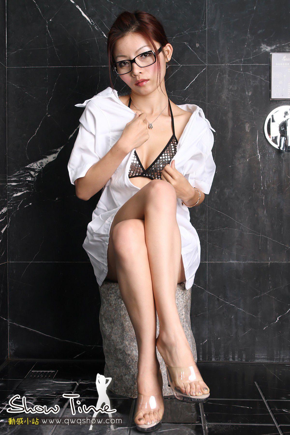VOL.159 [动感之星]制服医生眼镜娘:小蝶(动感小站小蝶,动感之星小蝶)高品质写真套图(50P)