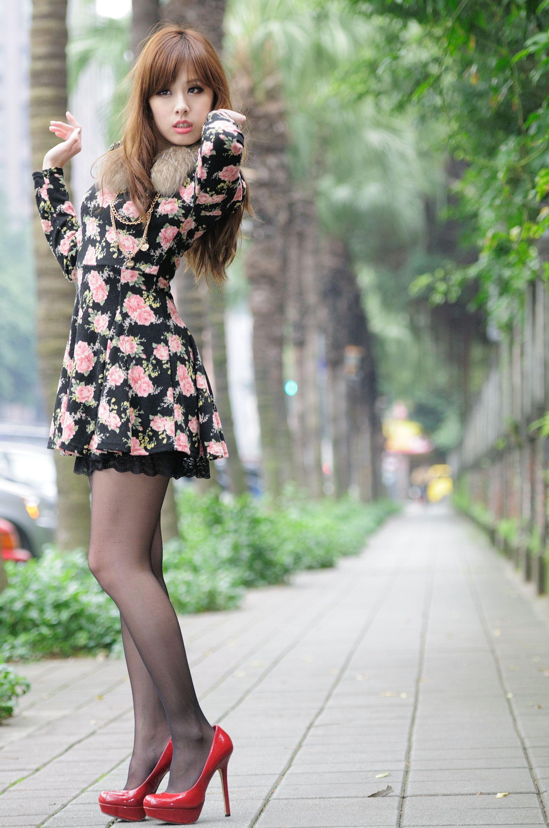 VOL.231 [台湾正妹]清新街拍外拍妹子:小米高品质写真套图(80P)