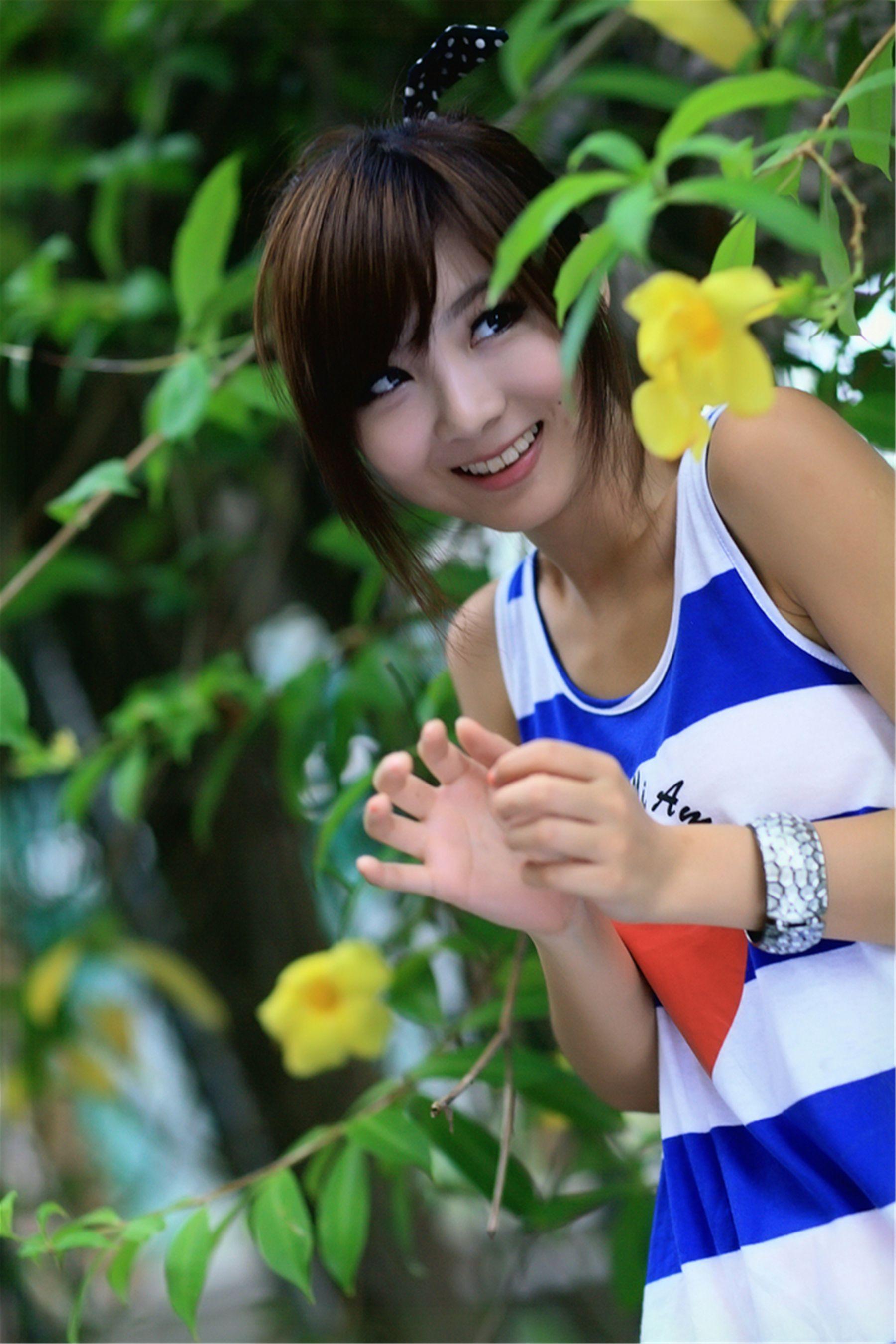 VOL.680 [台湾正妹]清纯甜美清新正妹B罩杯美女:杨宜轩(Patty小猪)高品质写真套图(37P)
