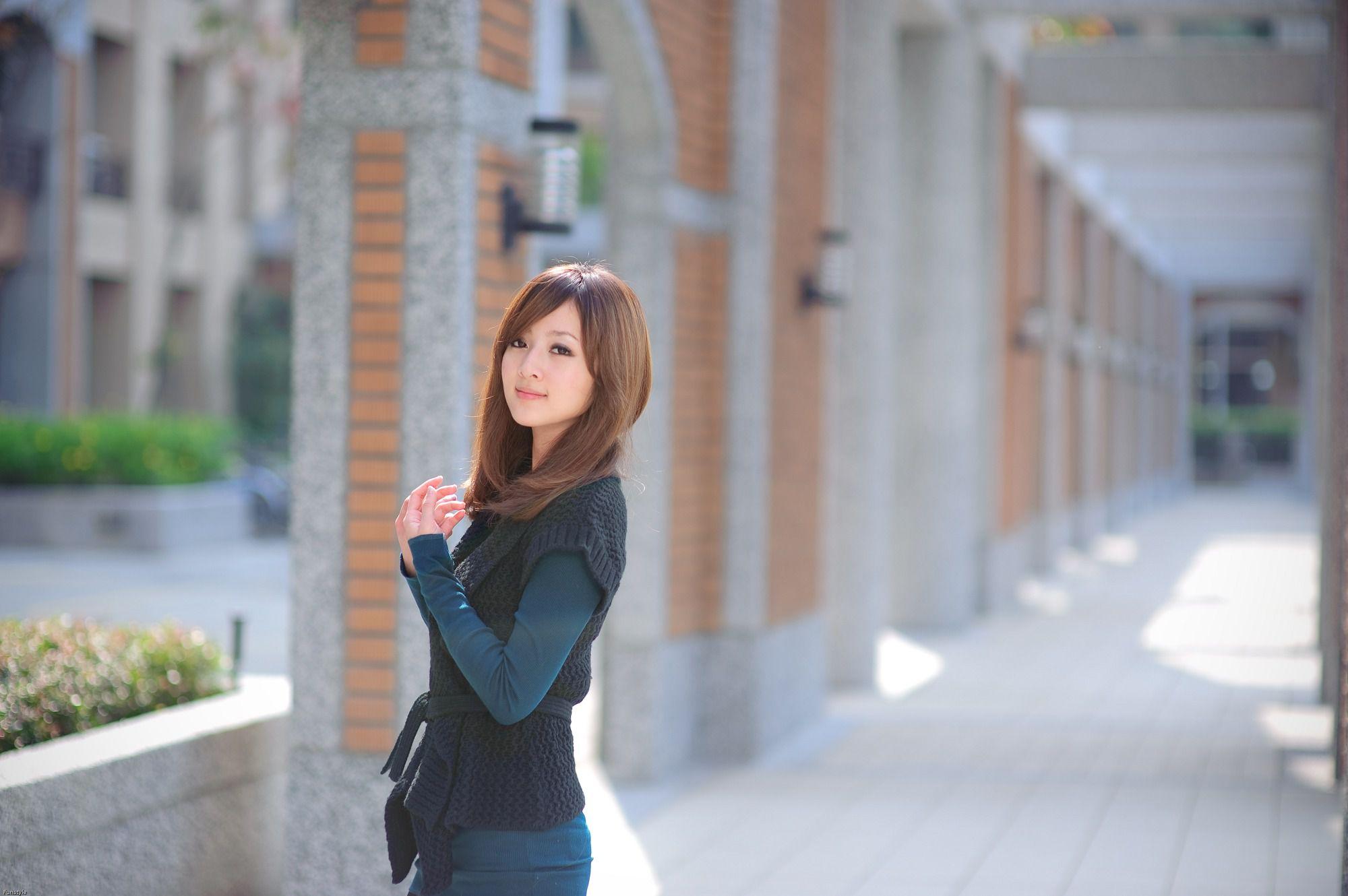 VOL.714 [台湾正妹]可爱清新街拍:张凯洁(张允霏,果子MM)高品质写真套图(53P)