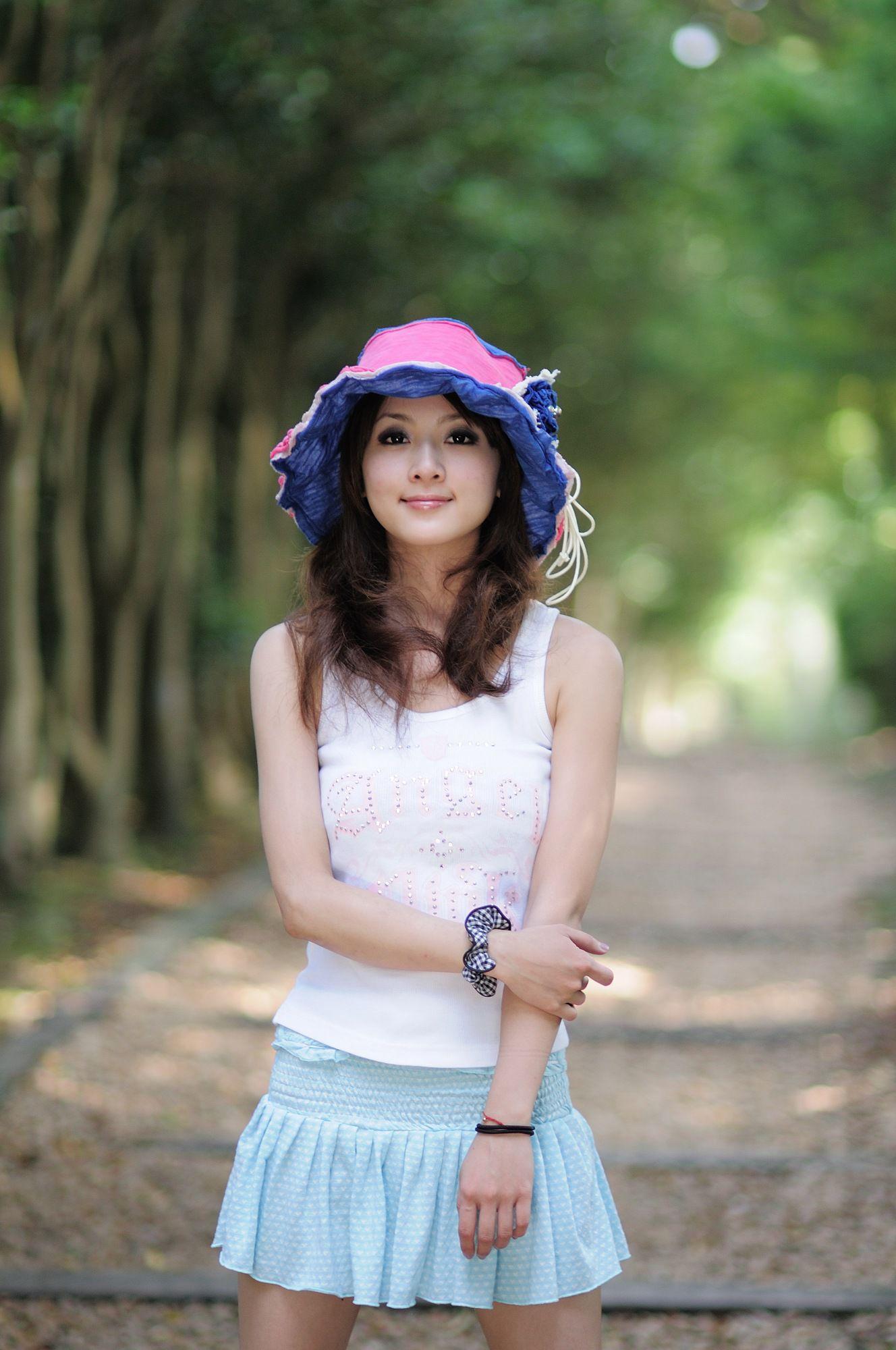 VOL.247 [台湾正妹]可爱清纯甜美软妹:张凯洁(张允霏,果子MM)高品质写真套图(84P)