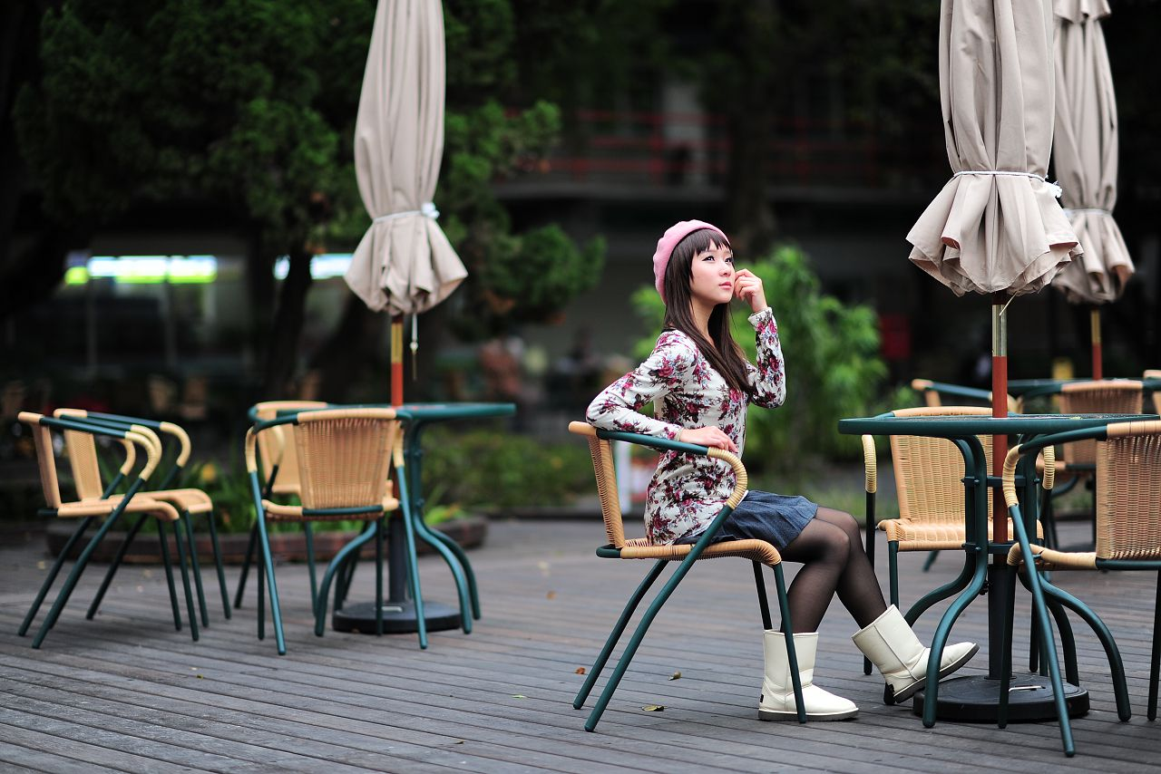 VOL.582 [台湾正妹]可爱街拍:芭比娃娃美女高品质写真套图(58P)