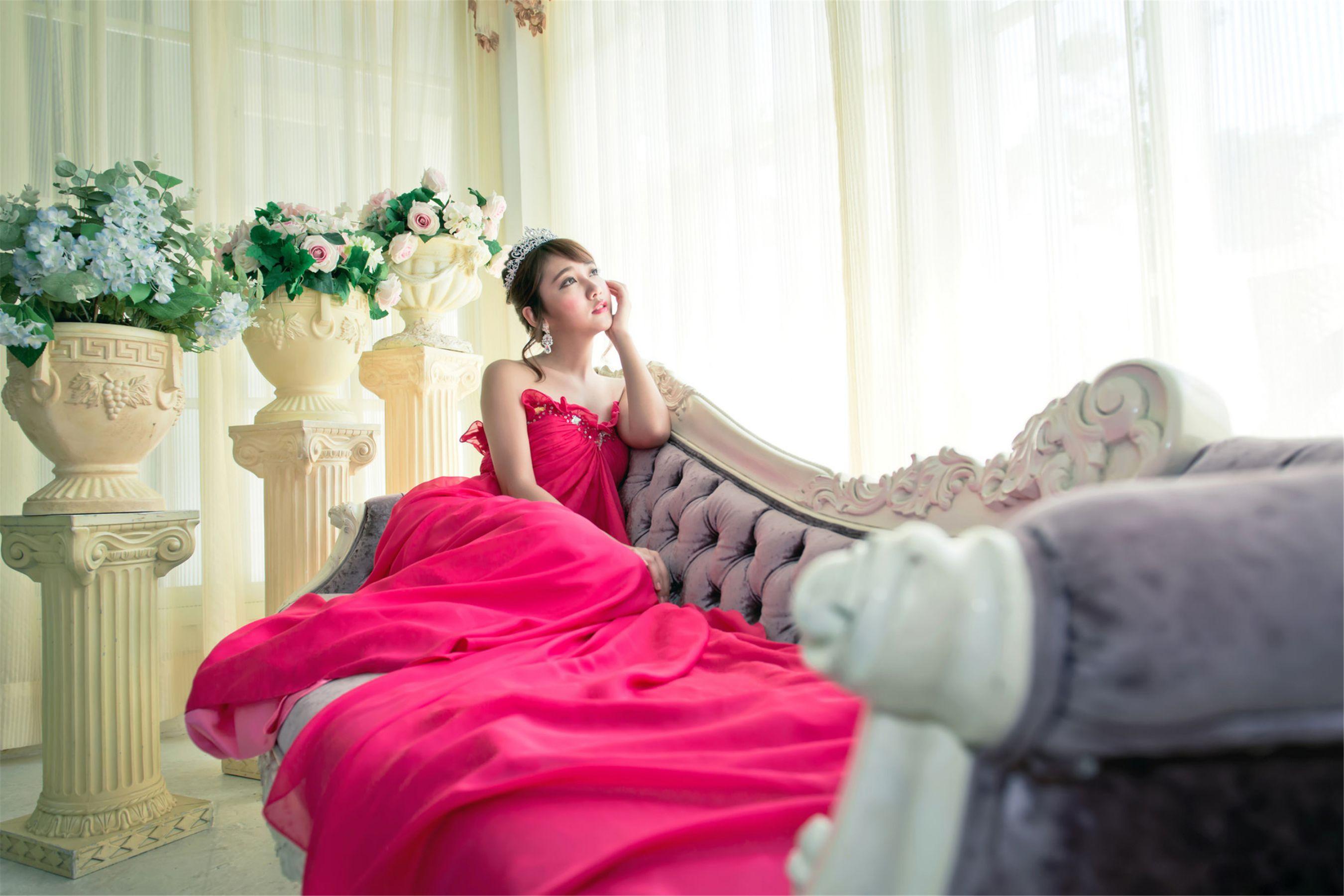 VOL.1188 [台湾正妹]清新唯美古典养眼婚纱:许庆伶(许庆琳)高品质写真套图(25P)