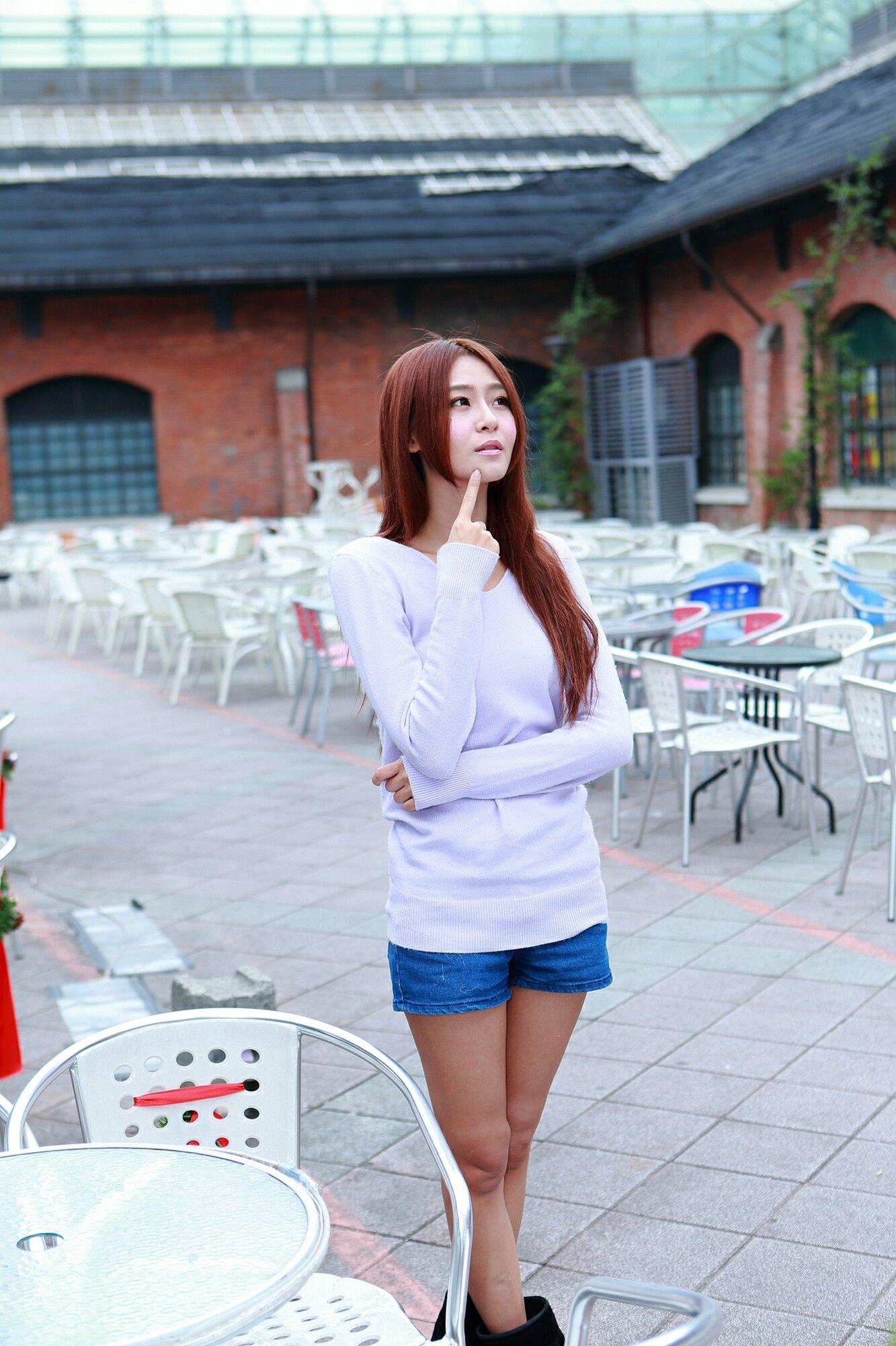 VOL.405 [台湾正妹]美腿街拍阳光正妹:Winnie小雪(庄咏惠,庄温妮,腿模Winnie)超高清个人性感漂亮大图(69P)